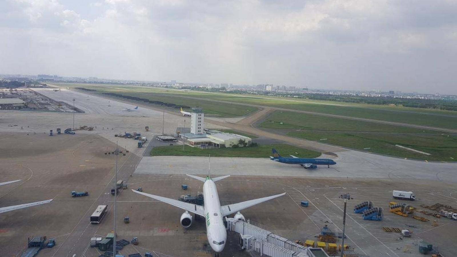 Sẽ sửa chữa đường băng sân bay Nội Bài, Tân Sơn Nhất ngay tháng 6