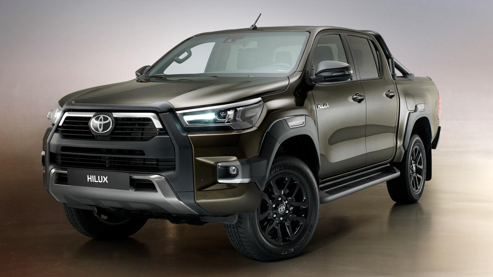 Toyota Hilux 2020 nâng cấp có thiết kế và động cơ thay đổi