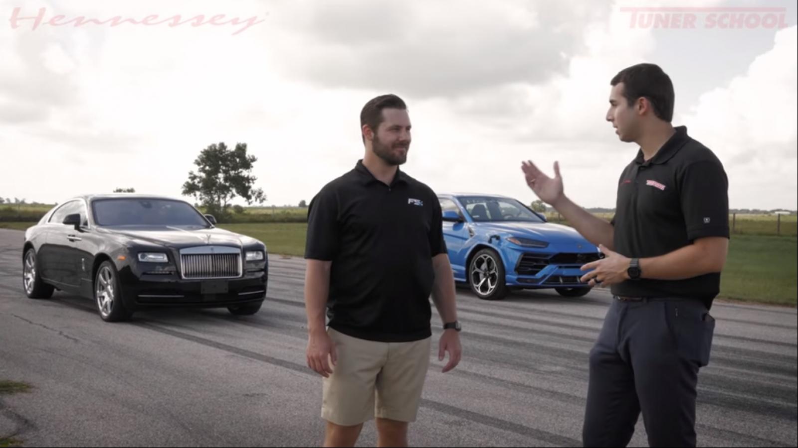 Video: Rolls-Royce Wraith đua cùng Lamborghini Urus trên đường băng