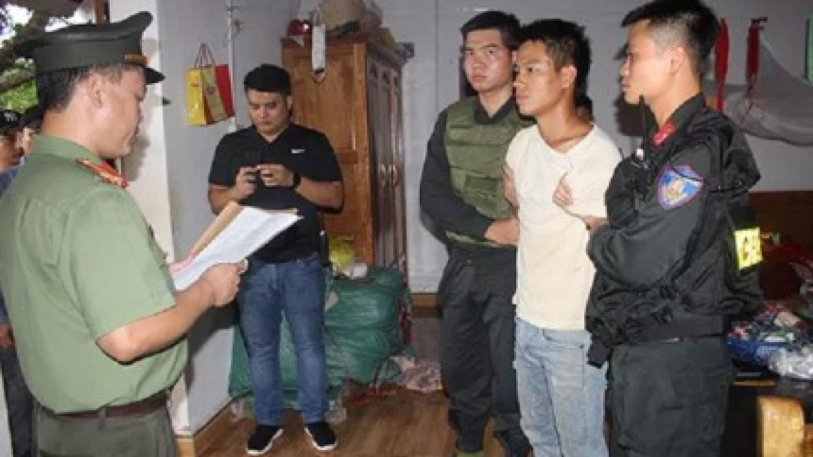 Video: Bắt kẻ tuyên truyền chống phá Nhà nước Trịnh Bá Tư