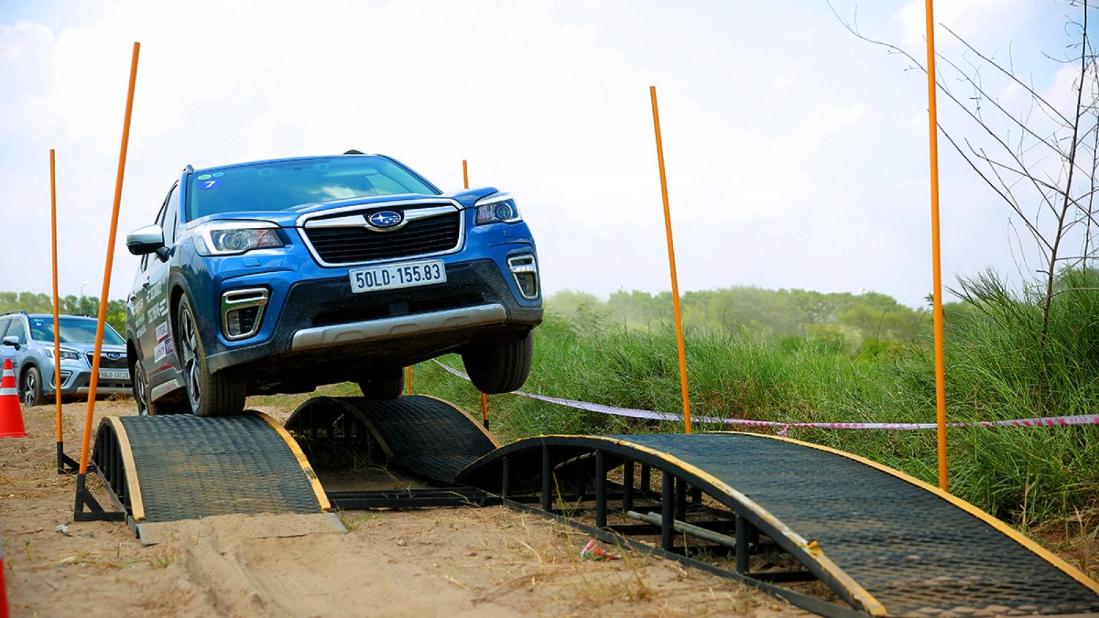 Thử khả năng lội bùn và chịu vặn xoắn của Subaru Forester