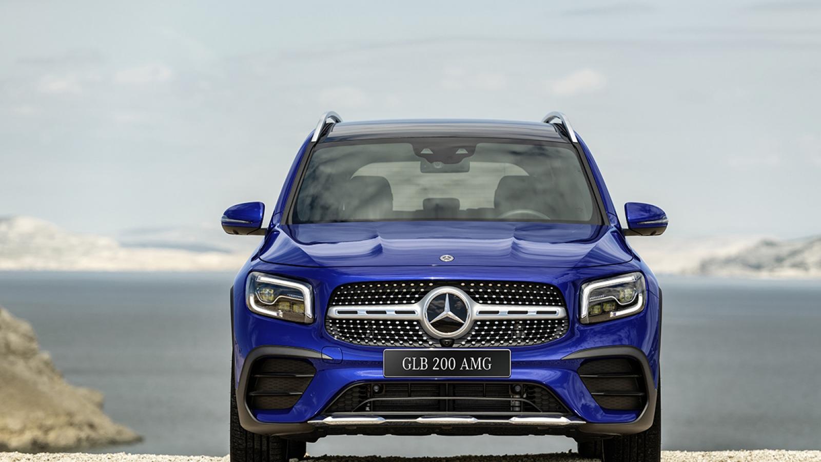 Hình ảnh chi tiết Mercedes-Benz GLB 200 AMG giá gần 2 tỷ đồng