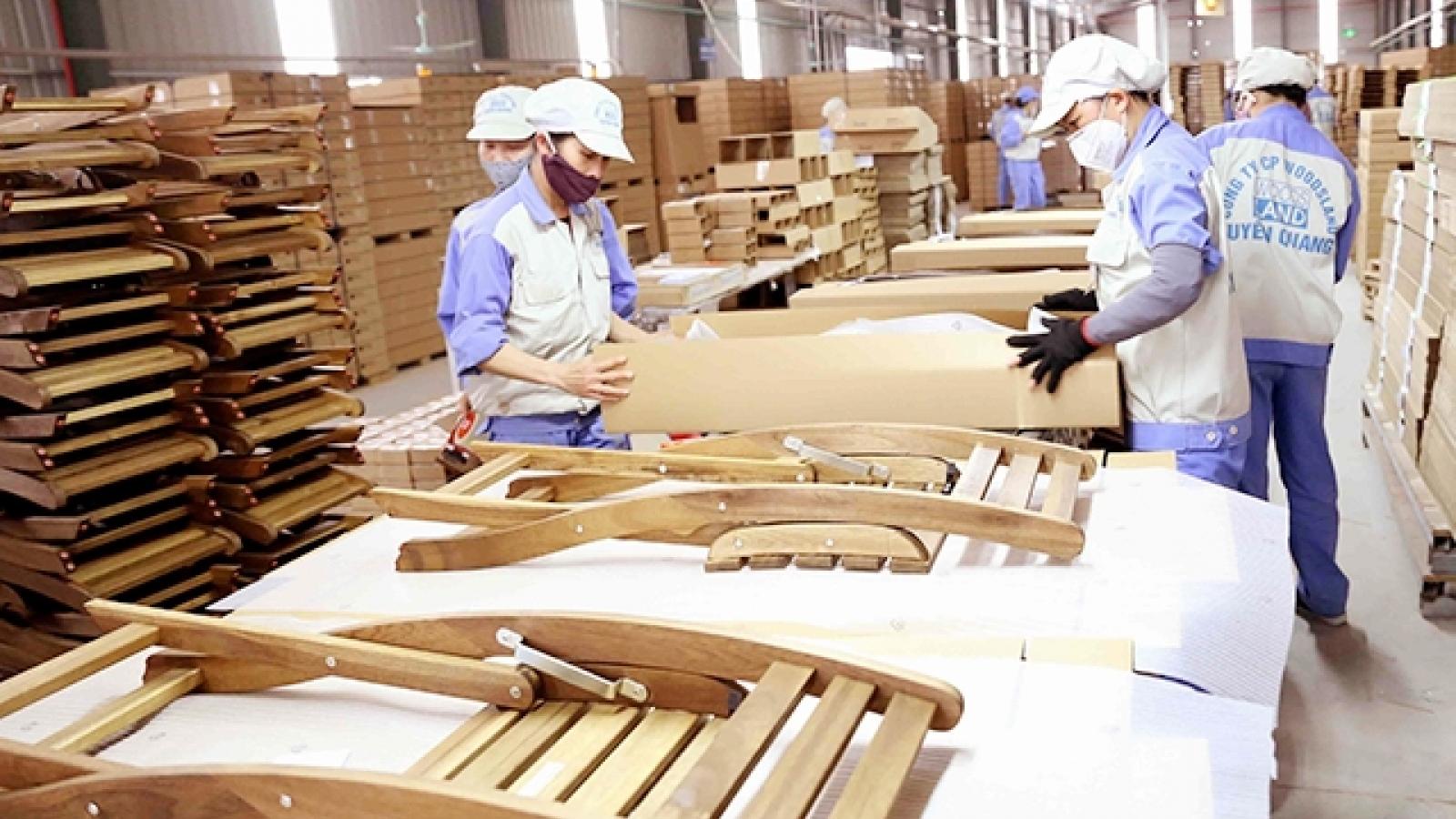 Chịu ảnh hưởng dịch Covid-19, xuất khẩu gỗ và đồ gỗ vẫn tăng trưởng