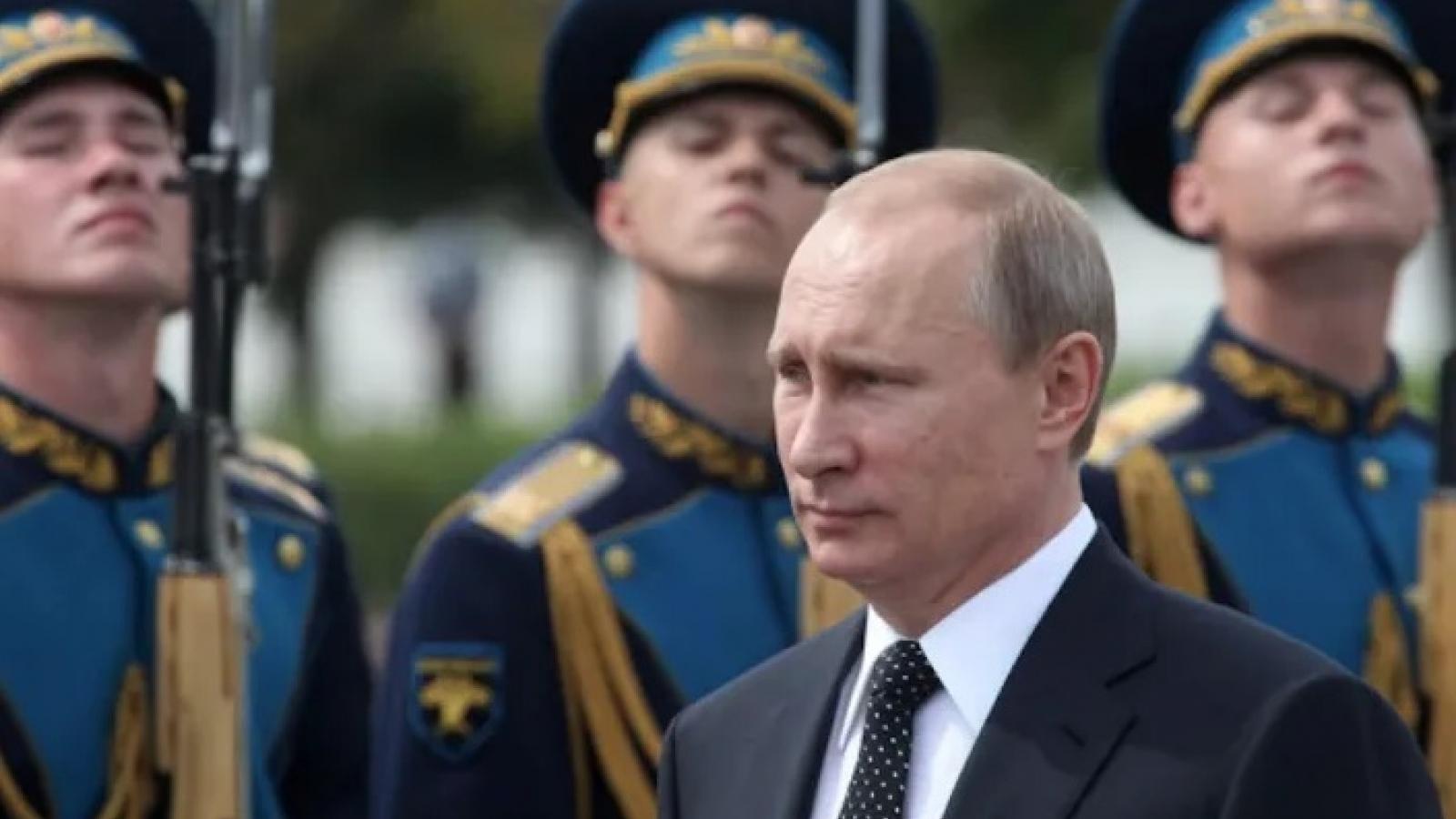 Cử tri Nga chưa tìm thấy ai xứng đáng hơn Putin để làm Tổng thống Nga