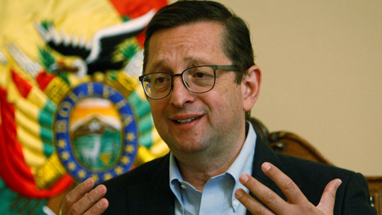 Bộ trưởng Kinh tế Bolivia mắc Covid-19