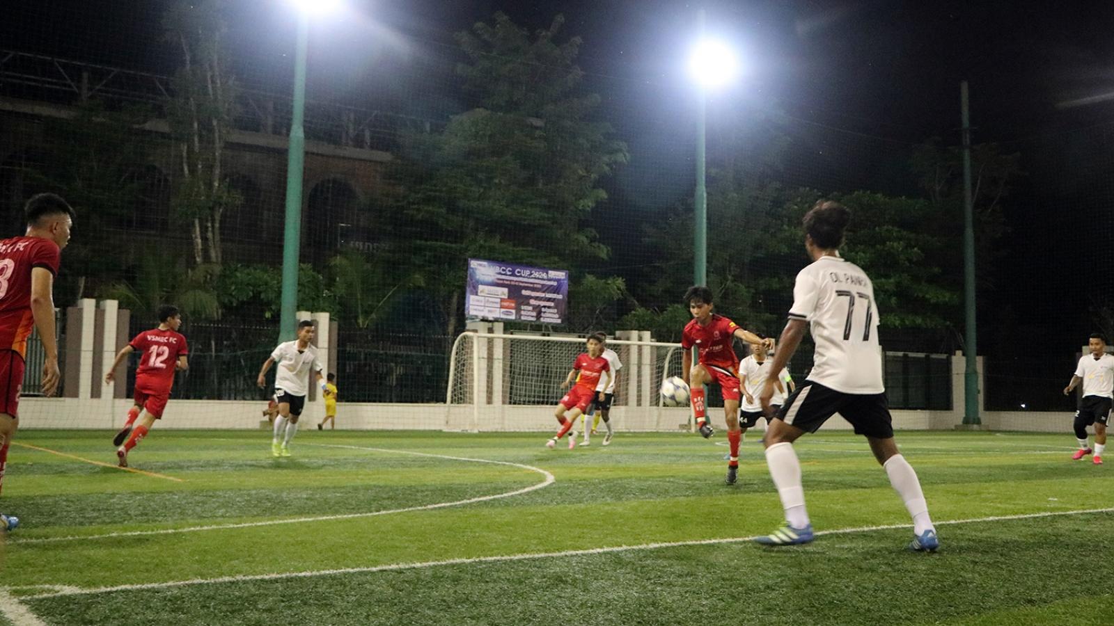 Giải bóng đá các doanh nghiệp Việt Nam tại Campuchia chào mừng Quốc khánh