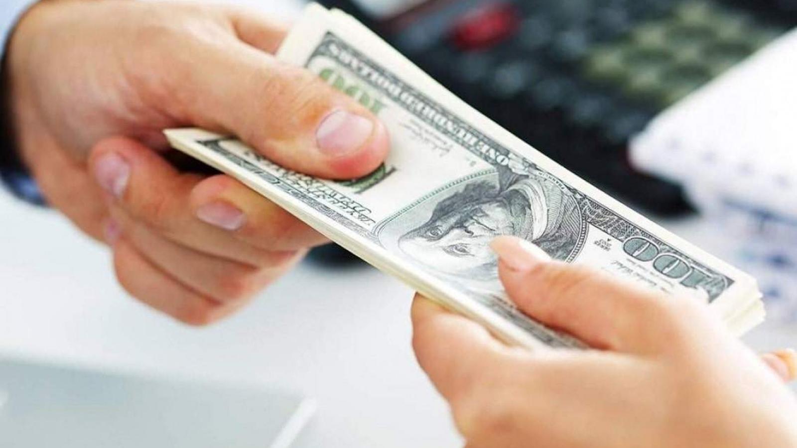 Hơn 50% doanh nghiệp phải trả chi phí không chính thức