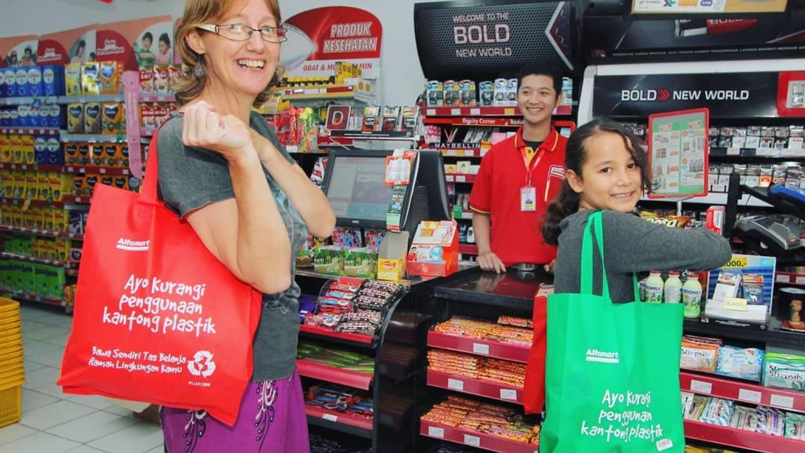 Jakarta (Indonesia) cấm sử dụng túi nhựa dùng một lần từ 1/7