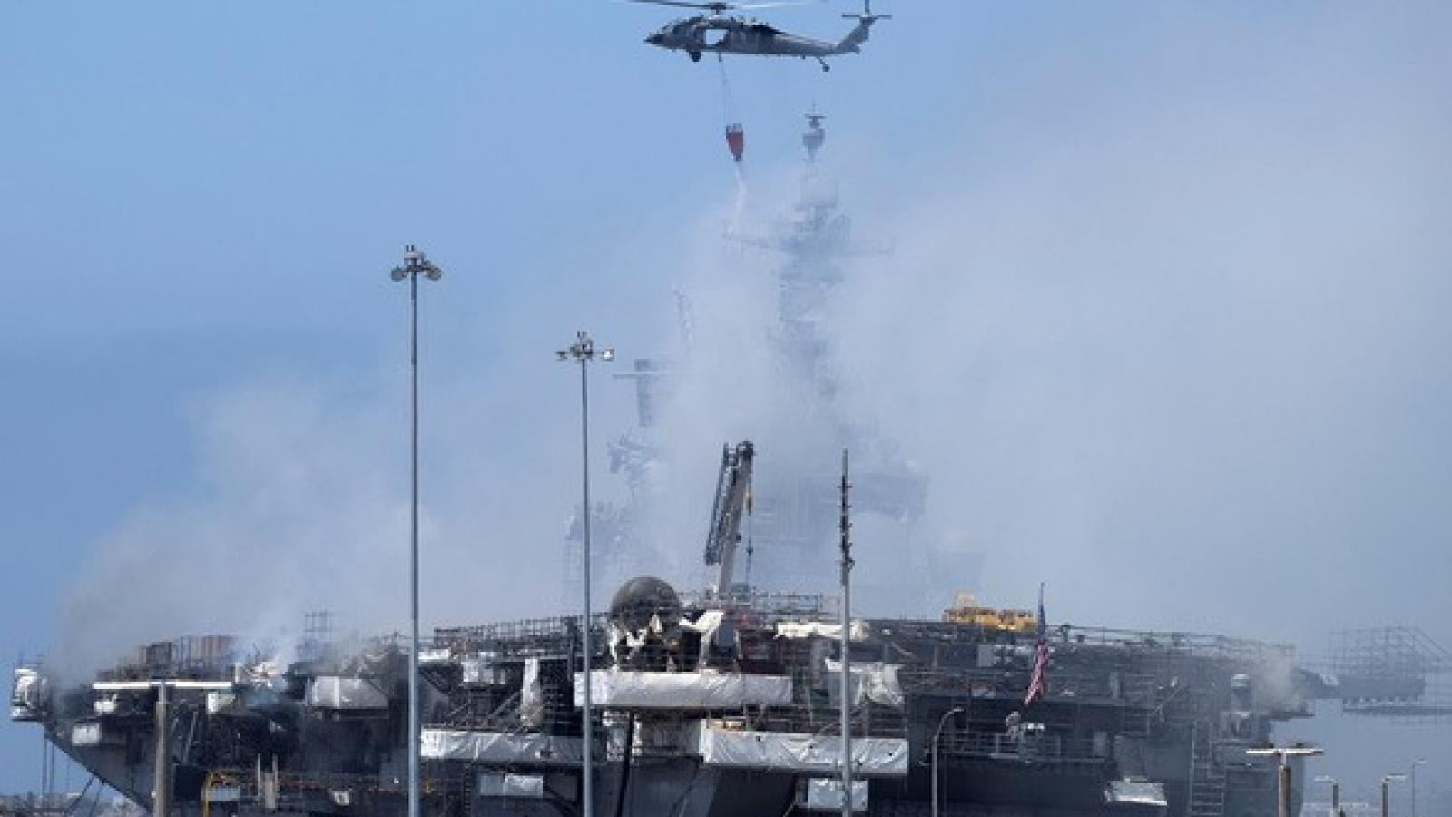 Hải quân Mỹ căng mình dập đám cháy tàu chiến Mỹ ngày thứ 2 liên tiếp