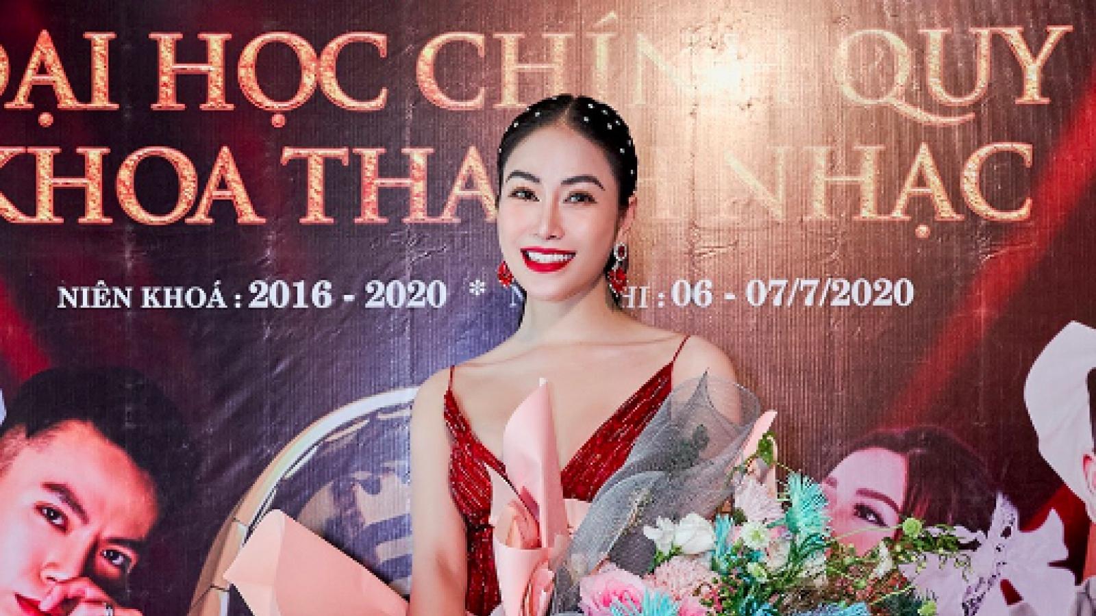 Hoa hậu Tuyết Nga xinh đẹp rạng rỡ trong ngày tốt nghiệp Đại học