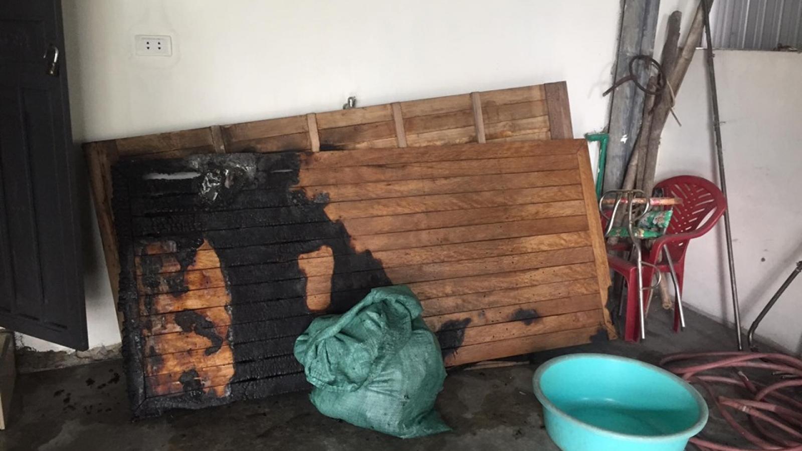Cháy phòng ngủ, 4 người trong gia đình bị bỏng nhập viện cấp cứu