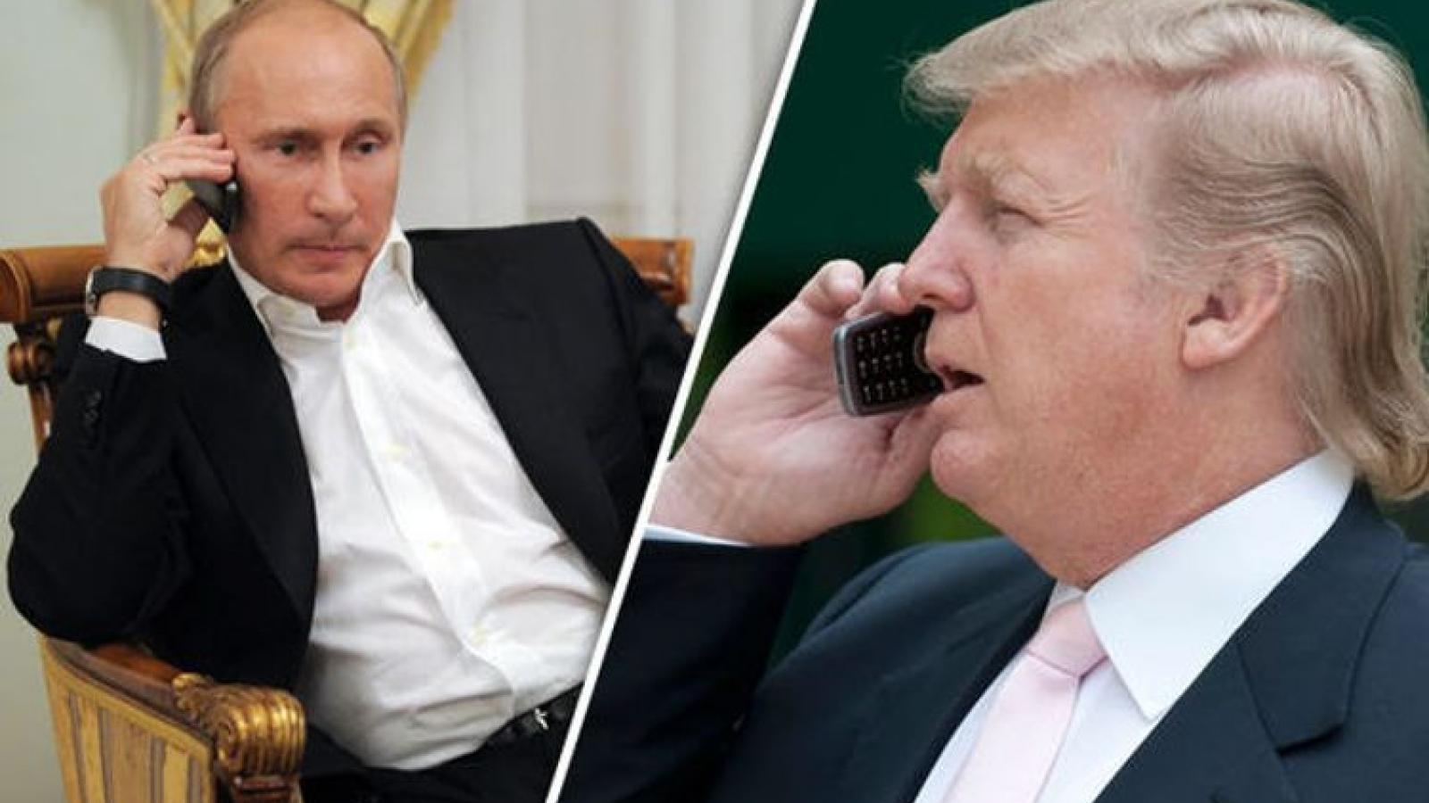 Tổng thống Nga-Mỹ điện đàm thảo luận dịch Covid-19, kiểm soát vũ khí