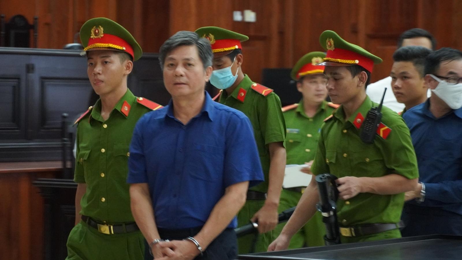 """Y án sơ thẩm với các bị cáo vụ giao """"đất vàng"""" cho Phan Văn Anh Vũ"""