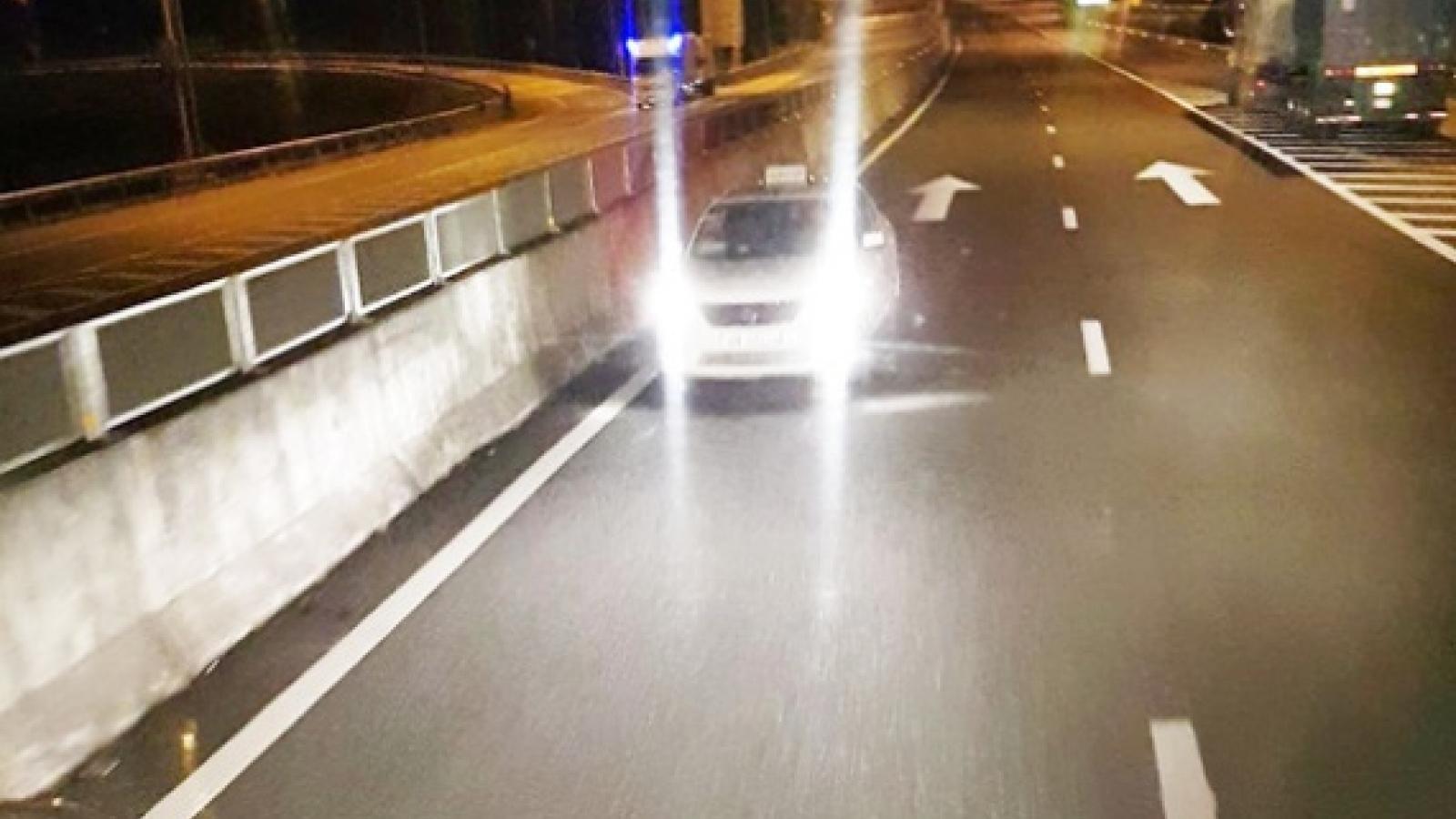 3 ô tô đi ngược chiều trên cao tốc Đà Nẵng-Quảng Ngãi