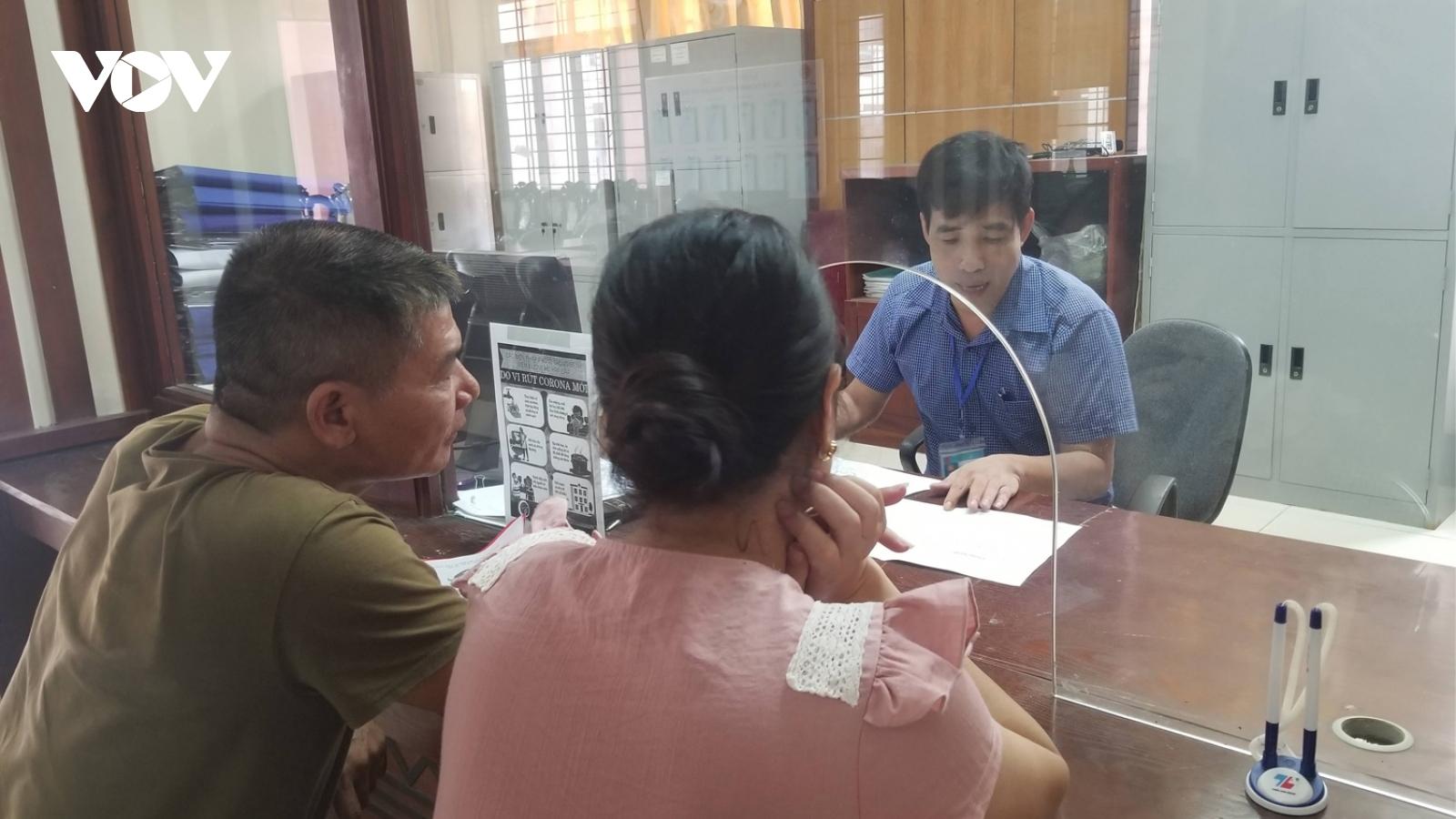 Những tấm bìa đỏ vô giá trị ở Lào Cai: Hệ lụy nặng nề bao giờ mới chấm dứt?