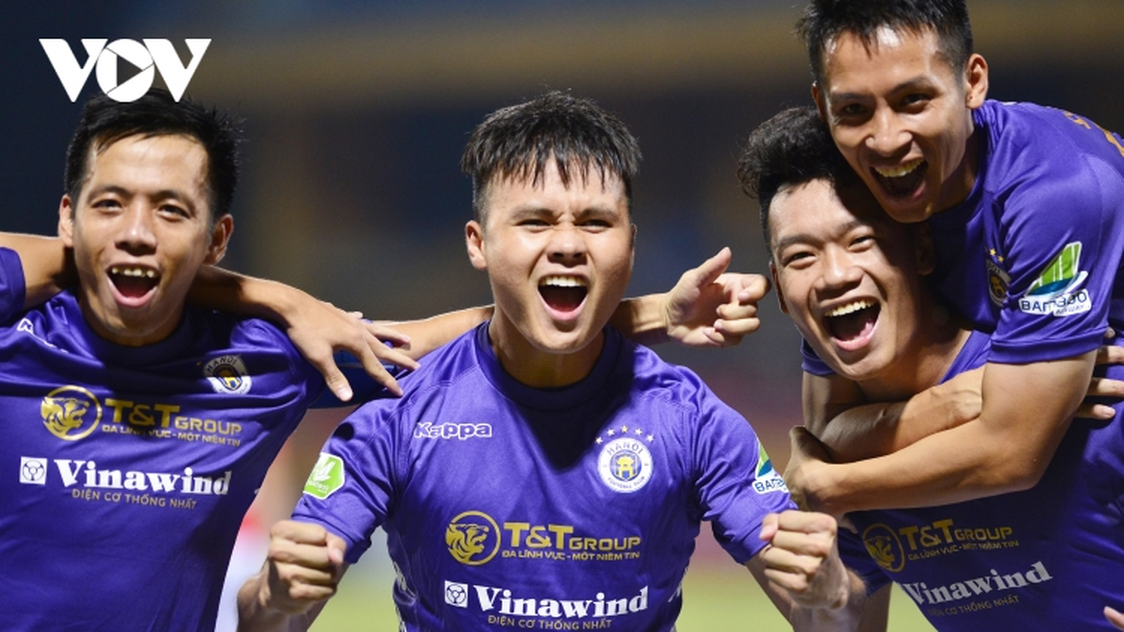 Viettel không có cửa đá đôi công với Hà Nội FC