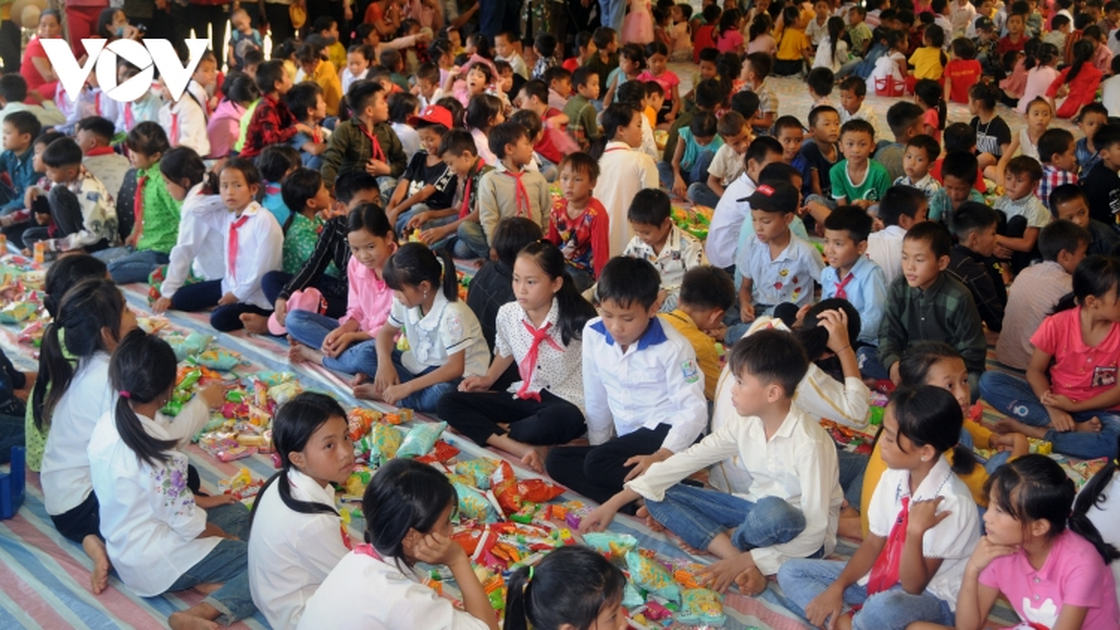 Thắp sáng ước mơ cho học sinh vùng cao Sơn La