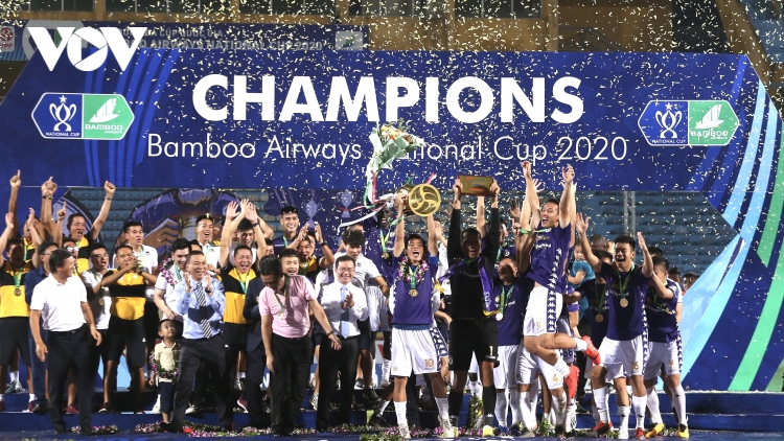 V-League 2020 trở lại sau dịch Covid-19: Ai đủ sức cản đường Hà Nội FC?