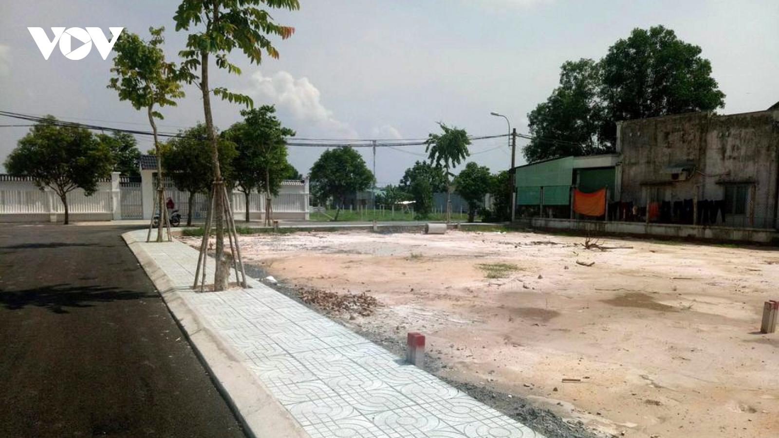 2.500 lô đất chưa được cấp phép đã chuyển nhượng tại dự án khu công nghiệp tỉnh Long An
