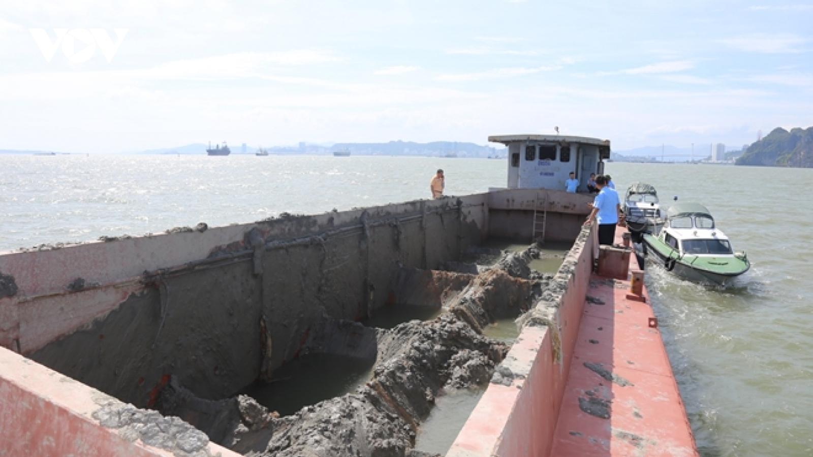 Phạt 300 triệu đồng đối với hành vi xả thải trái phép xuống vùng lõi vịnh Hạ Long