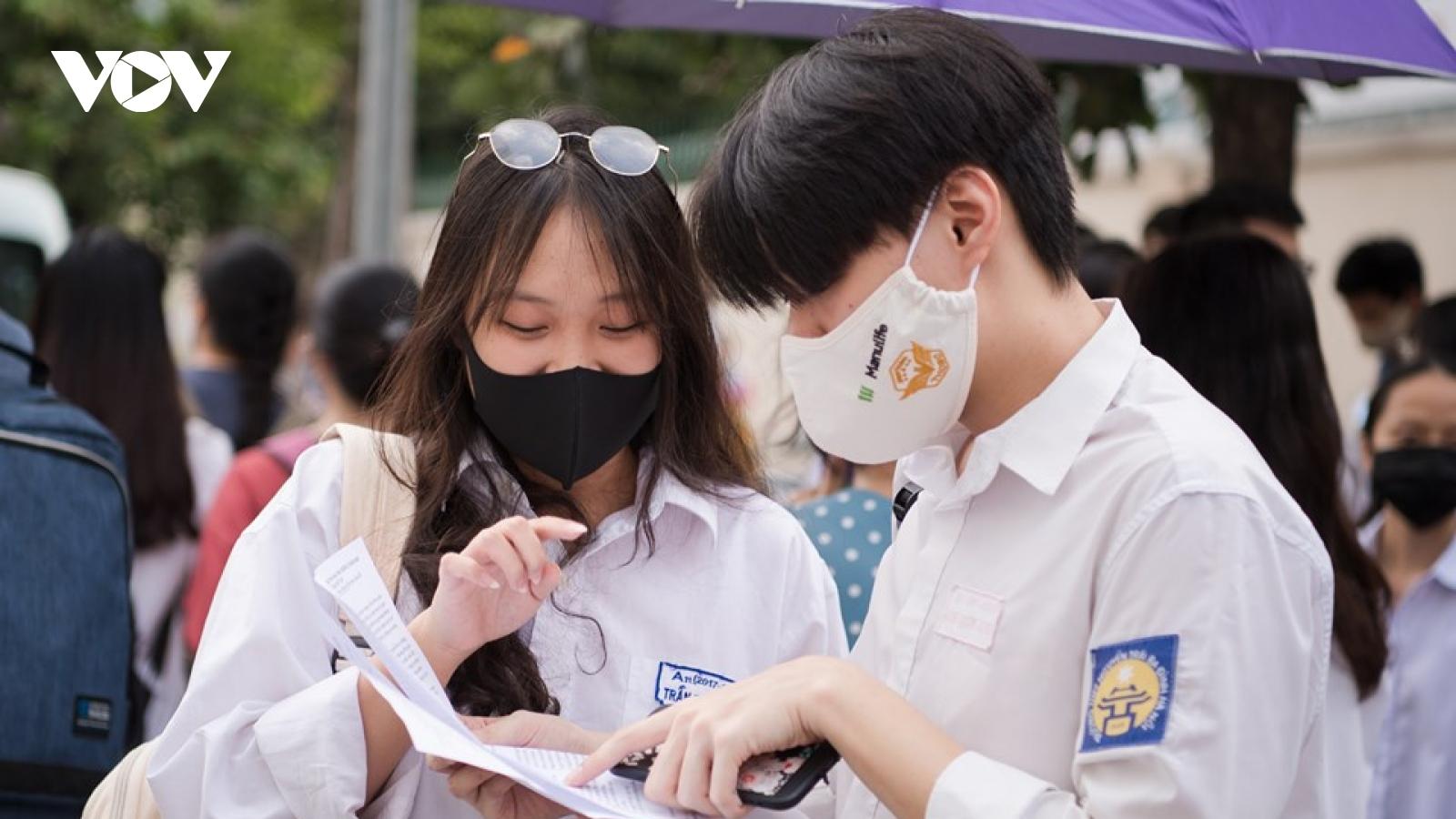 Bộ trưởng Phùng Xuân Nhạ: Kỳ thi tốt nghiệp THPT 2021 sẽ giữ ổn định như năm nay