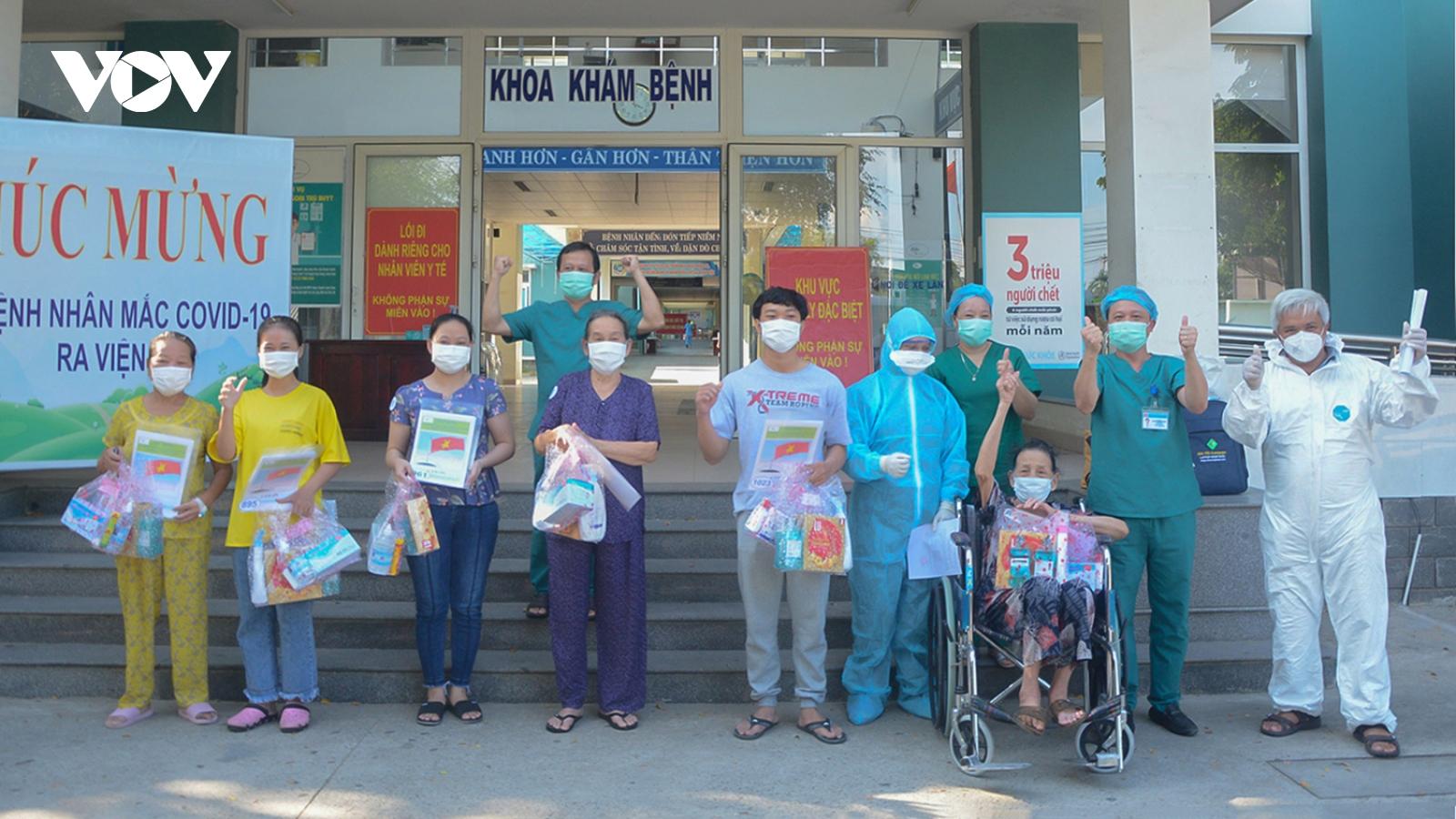 10 bệnh nhân ở Đà Nẵng đã hết Covid-19 và xuất viện