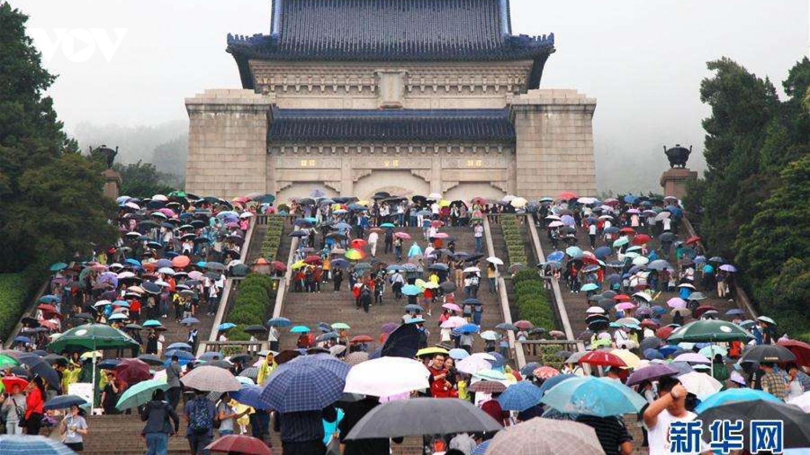 Trung Quốc: hơn 600 triệu lượt người đi du lịch dịp nghỉ Quốc khánh và Trung Thu