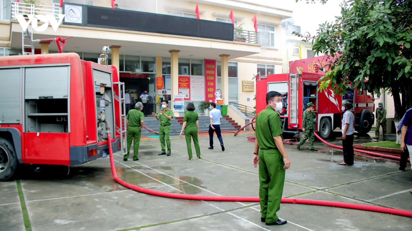 Cháy Trung tâm Hành chính công thị xã Đông Triều, tỉnh Quảng Ninh