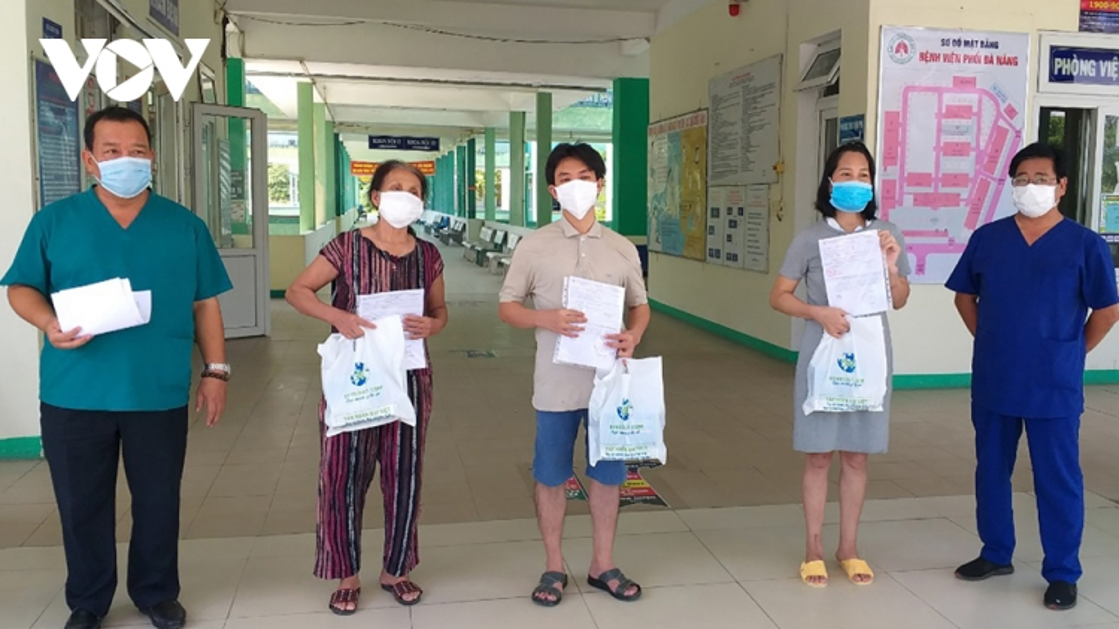 3 bệnh nhân ở Đà Nẵnghết Covid-19 và được ra viện