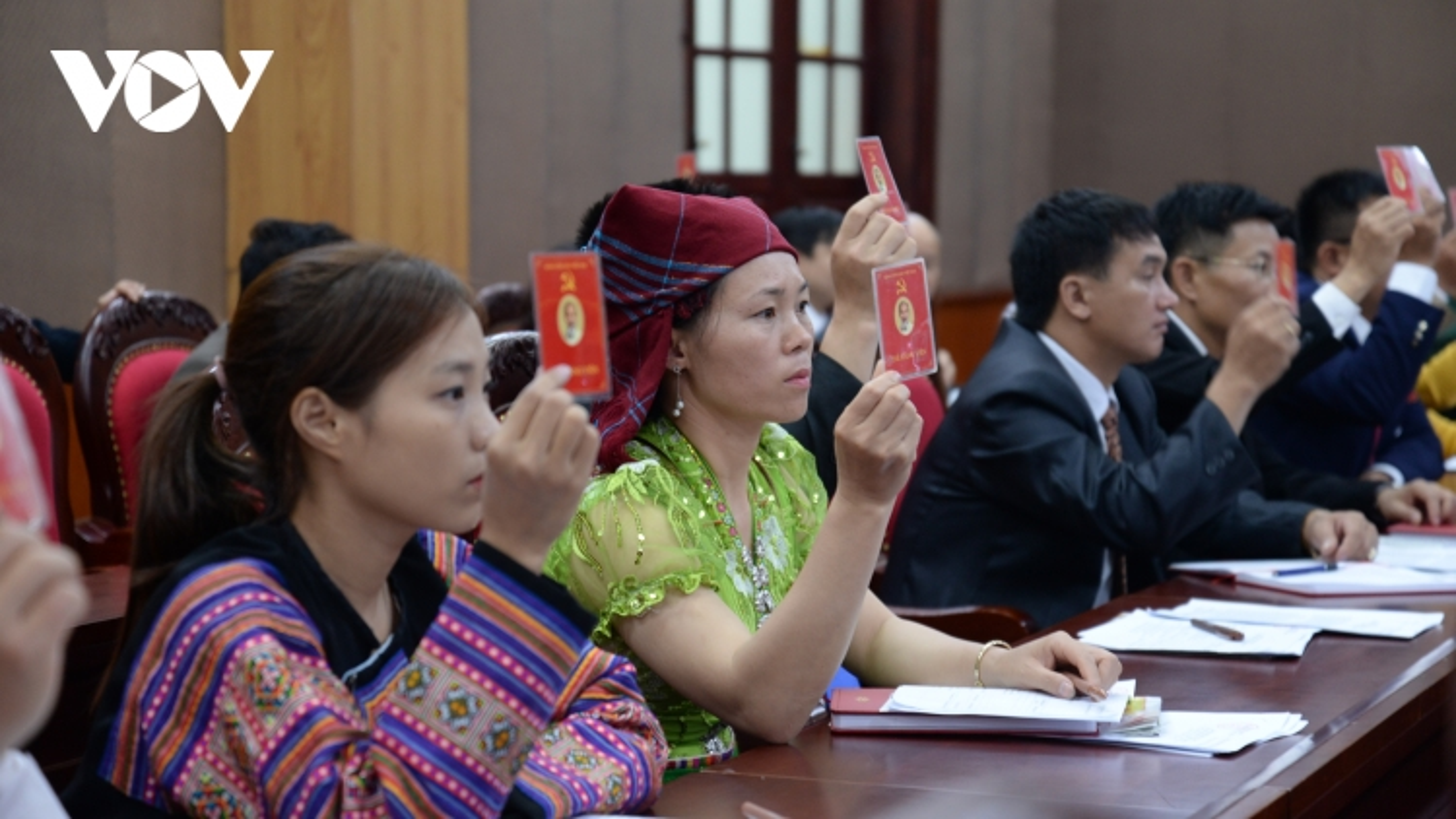 Đại biểu dự Đại hội Đảng bộ tỉnh Sơn La hân hoan trong ngày hội lớn