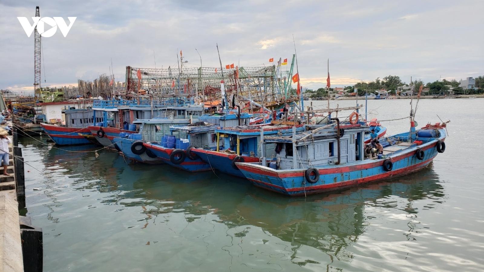 Ứng phó bão số 5: Các tỉnh miền Trung sẵn sàng sơ tán dân khi có lệnh