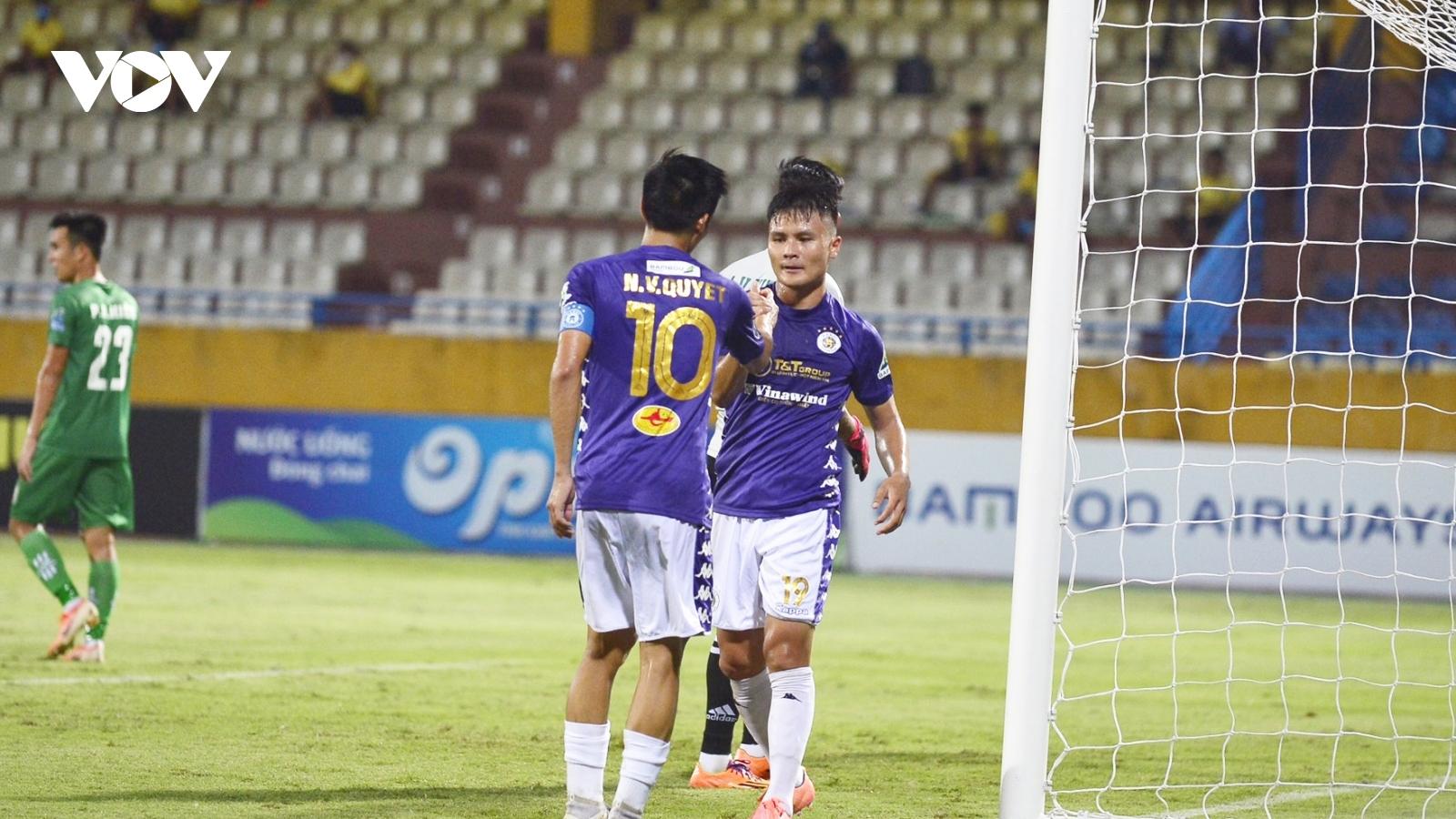 """VIDEO: Quang Hải """"trút giận"""" ở trận đấu với Cần Thơ tại Cúp Quốc gia 2020"""
