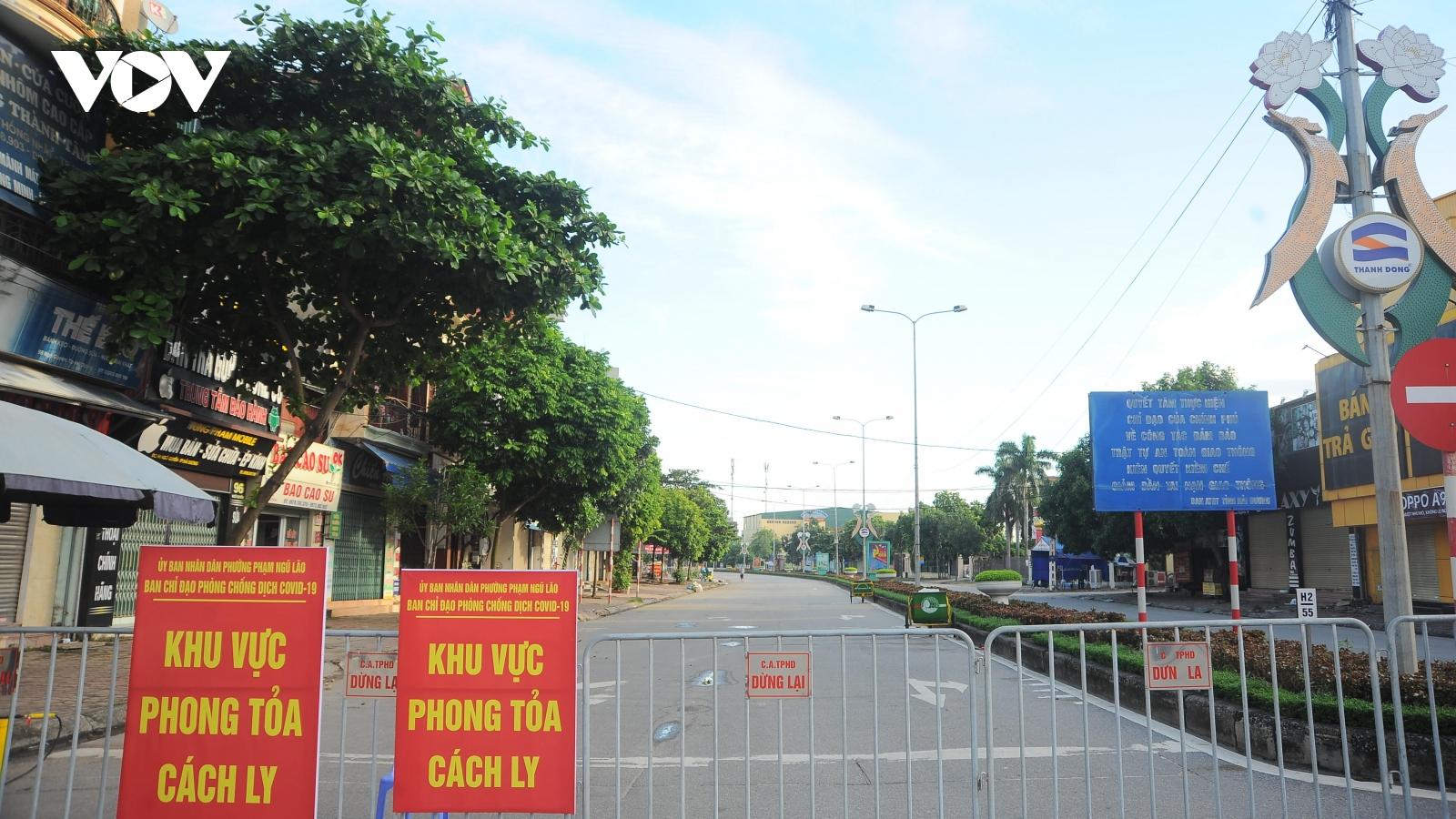Khiển trách hai cán bộ Bảo ViệtNhân thọ Hải Dương do không khai báo y tế