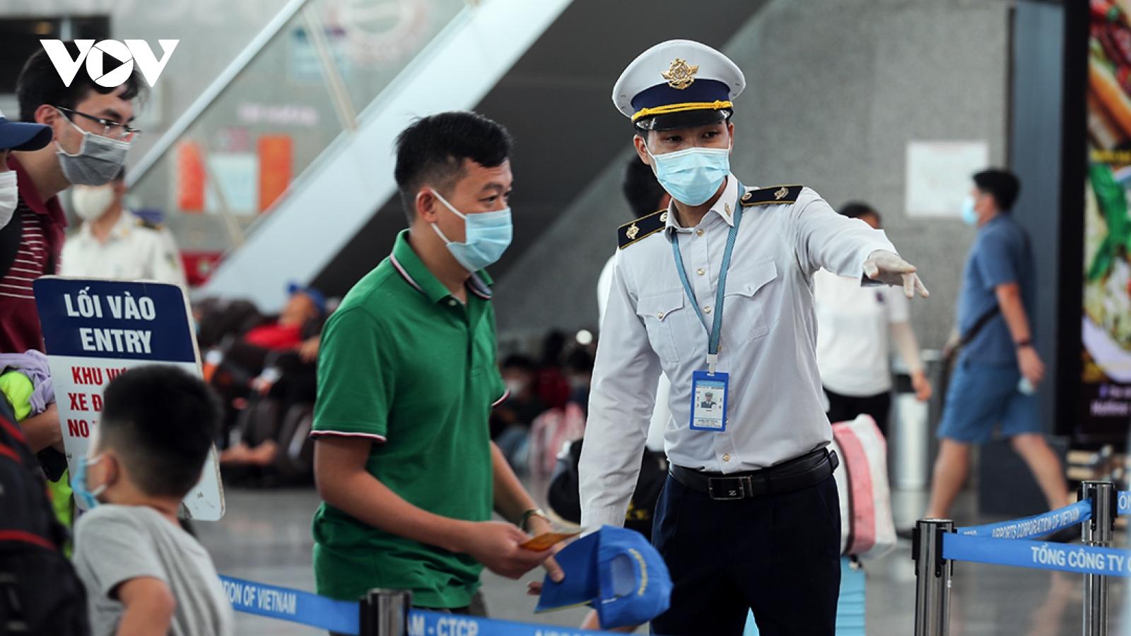 Việt Nam có thêm 17 ca mắc COVID-19 từ Nga về nước
