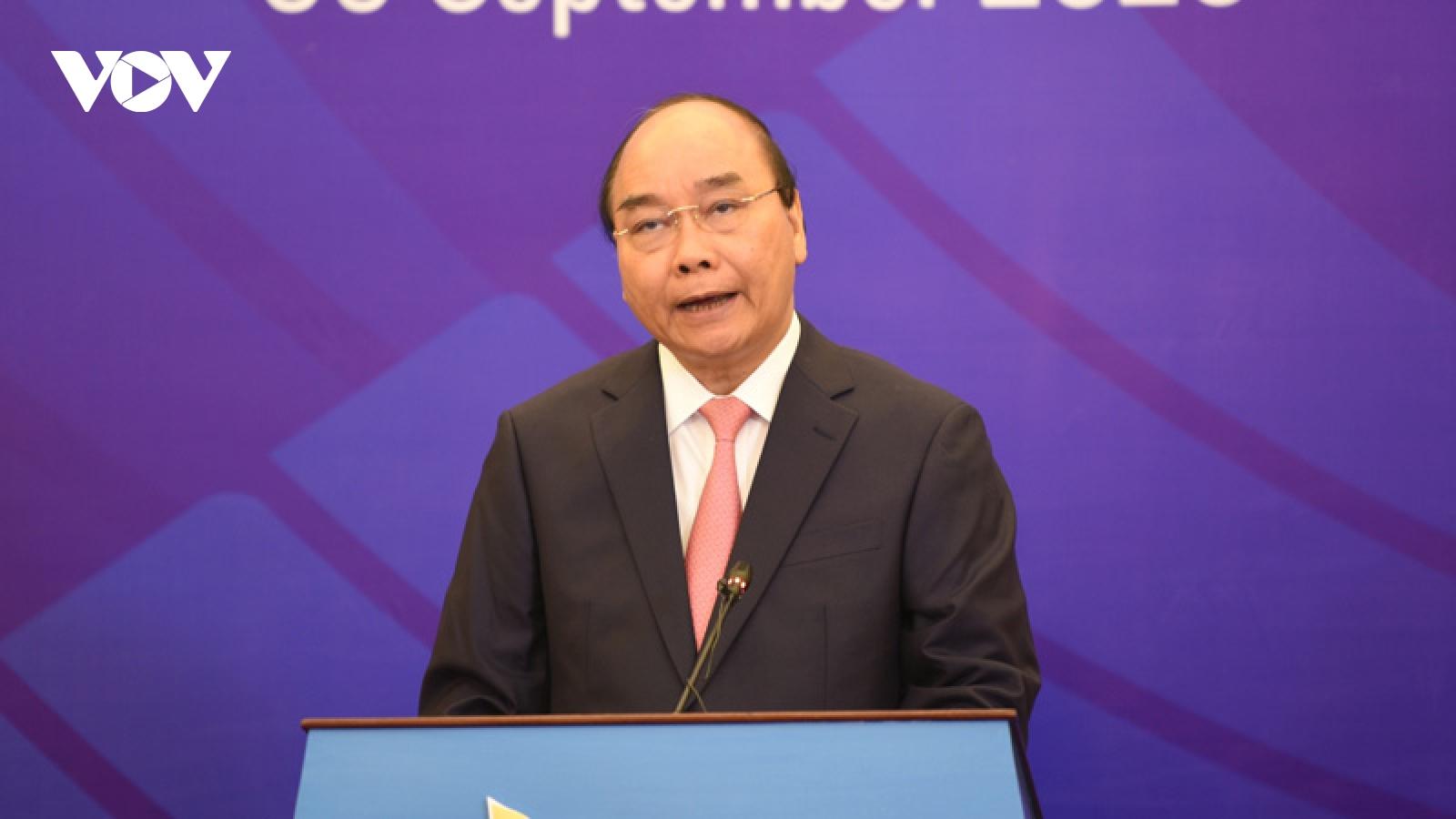 Thủ tướng: ASEAN tay trong tay, ngẩng cao đầu đối diện với khó khăn, thách thức