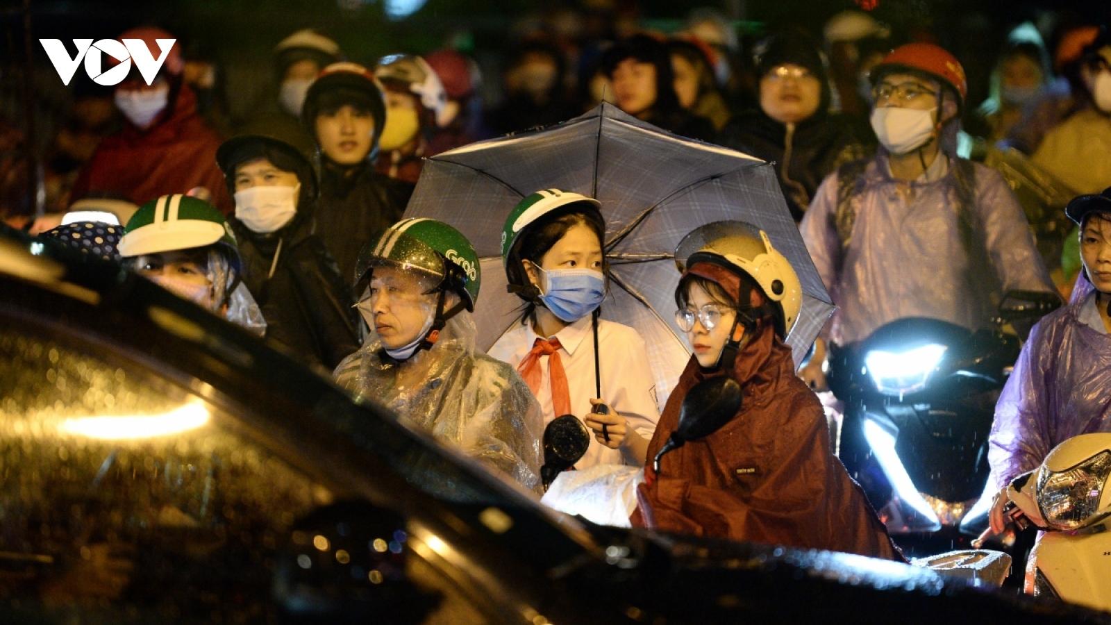 Thời tiết ngày 24/9: Hà Nội tiếp tục có mưa dông