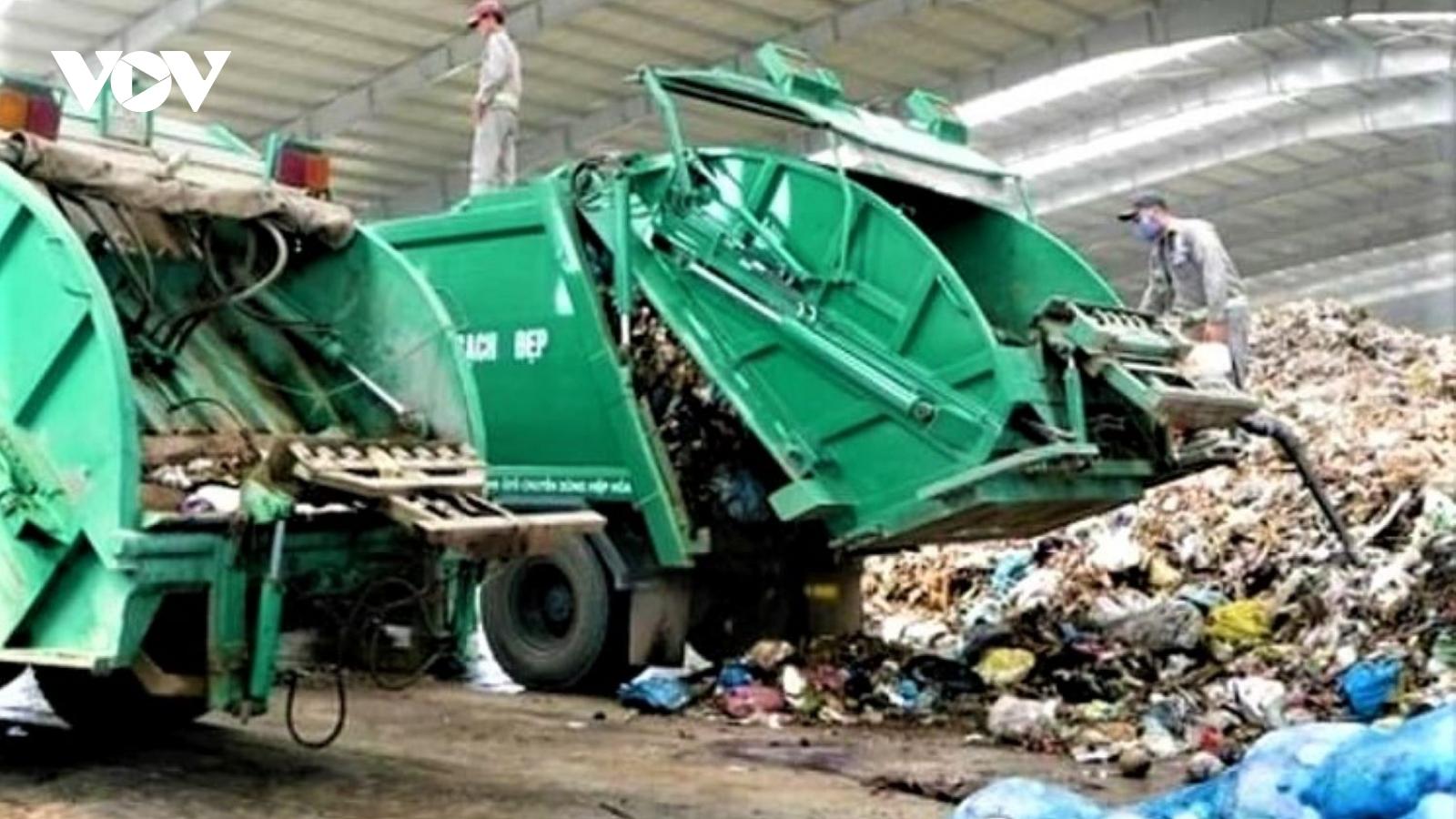 Quảng Ngãi khẩn trương hỗ trợ người dân bị ảnh hưởng do xử lý rác thải sinh hoạt