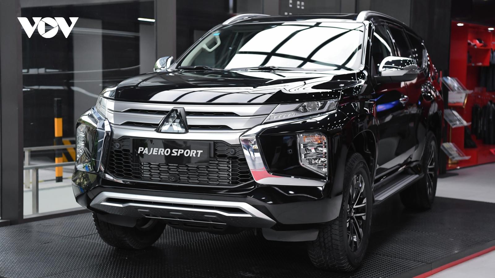 Cận cảnh Mitsubishi Pajero Sport 2020 giá hơn 1 tỷ đồng