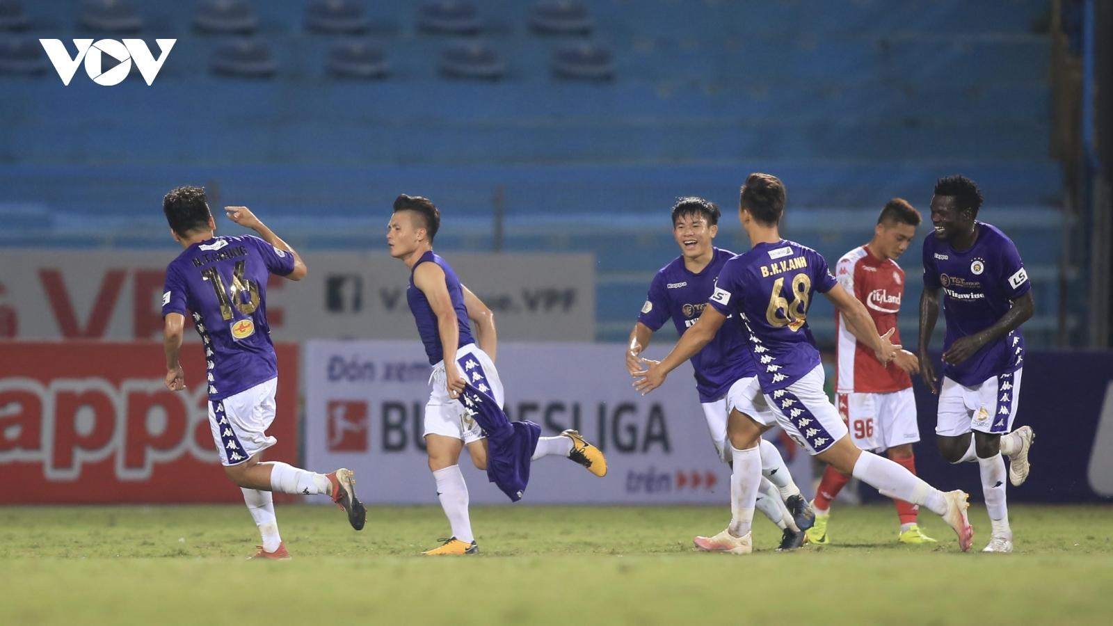 Toàn cảnh Hà Nội FC 2-0 TPHCM: Sự khác biệt mang tên Quang Hải