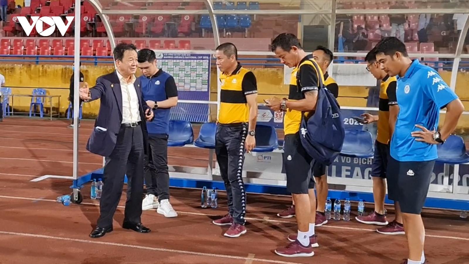 Hà Nội FC hòa Thanh Hóa, bầu Hiển xuống sân nhắn nhủ HLV Đình Nghiêm