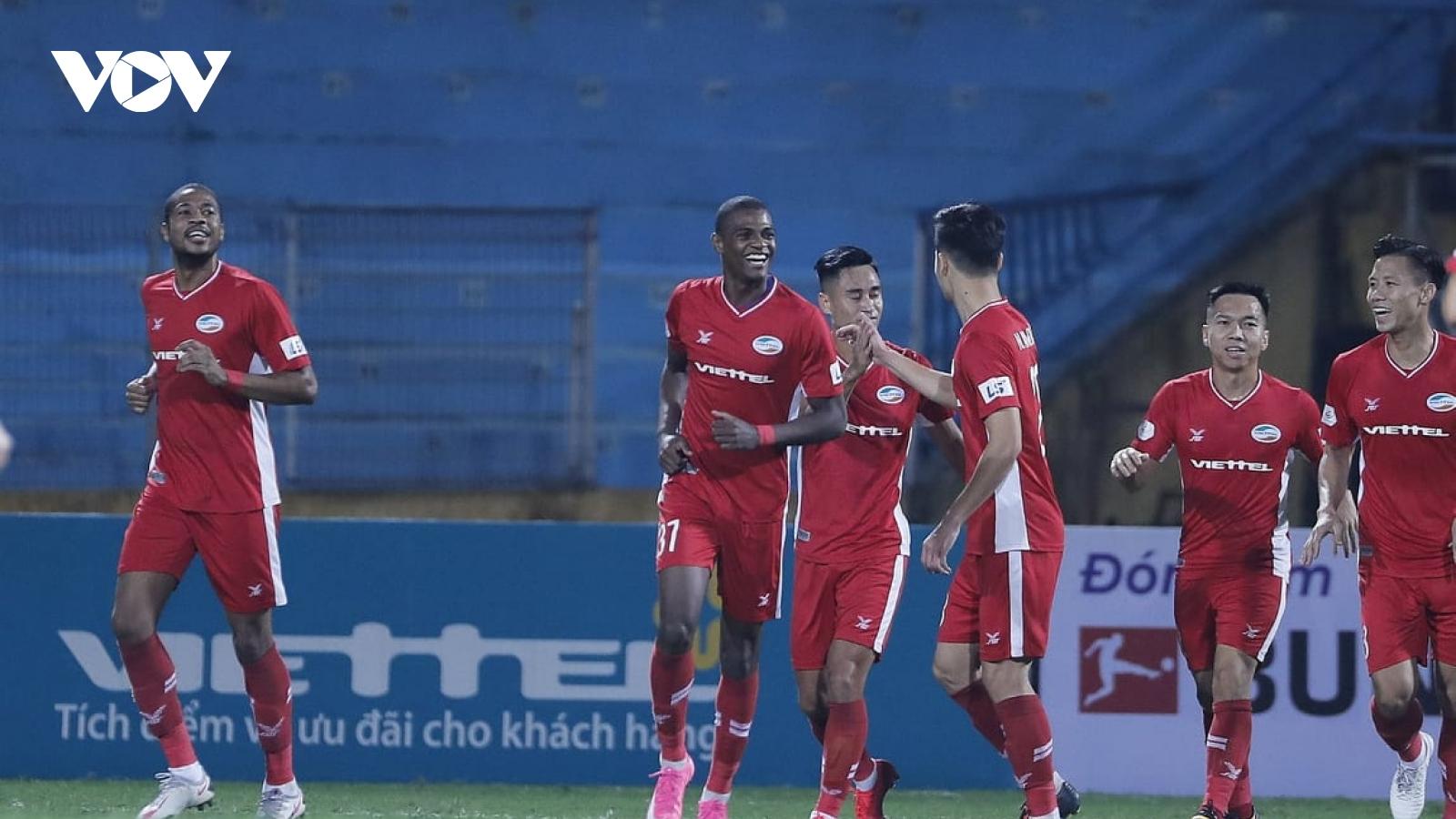 Thắng nhẹ Bình Dương, Viettel vững vàng trên đỉnh V-League 2020