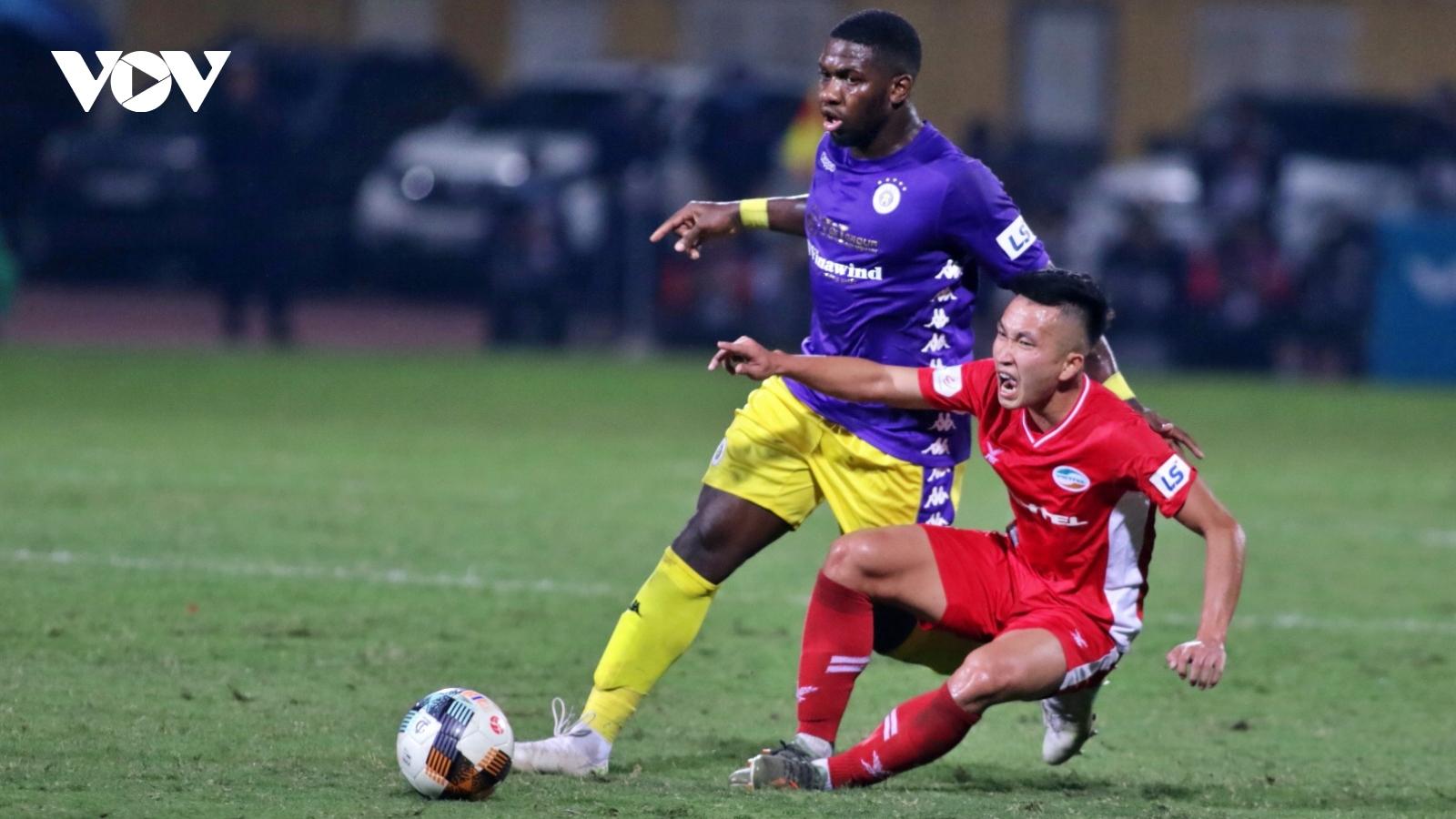 Hòa không bàn thắng trước Viettel, Hà Nội FC mất quyền tự quyết trong cuộc đua vô địch