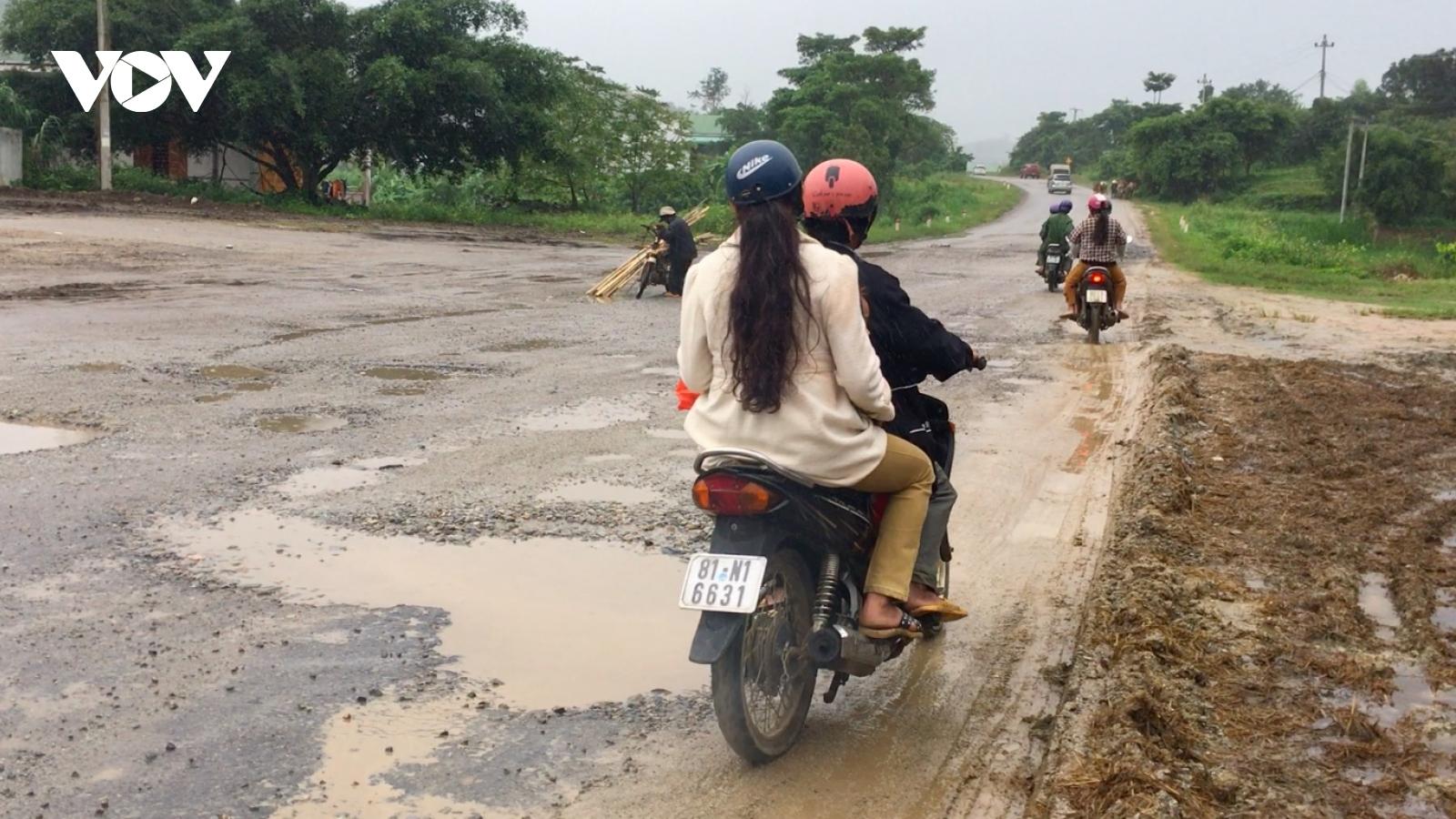 Quốc lộ 19 qua Gia Lai xuống cấp nghiêm trọng