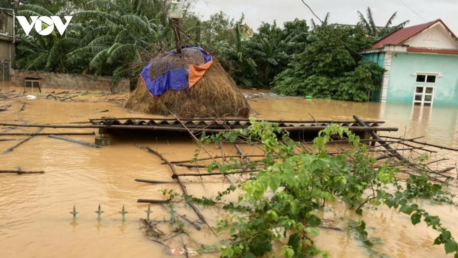 Điều phối hàng cứu trợ cho người dân vùng lũ tránh tập trung hỗ trợ ở một vài nơi