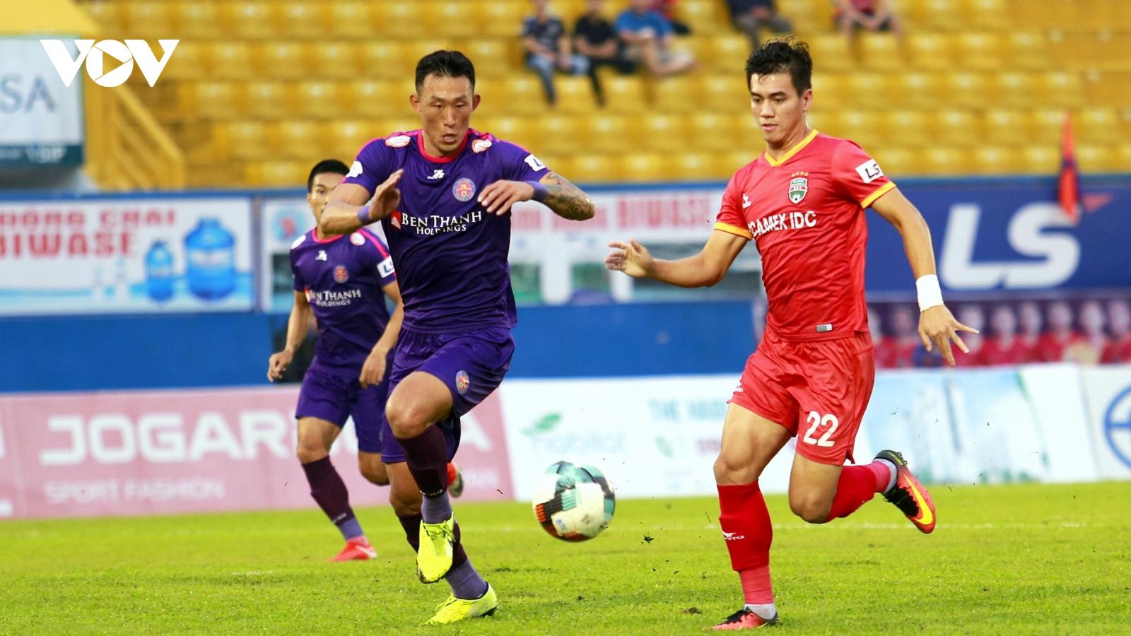 Tiến Linh ghi bàn, Bình Dương khiến Sài Gòn FC có thể mất ngôi đầu V-League 2020