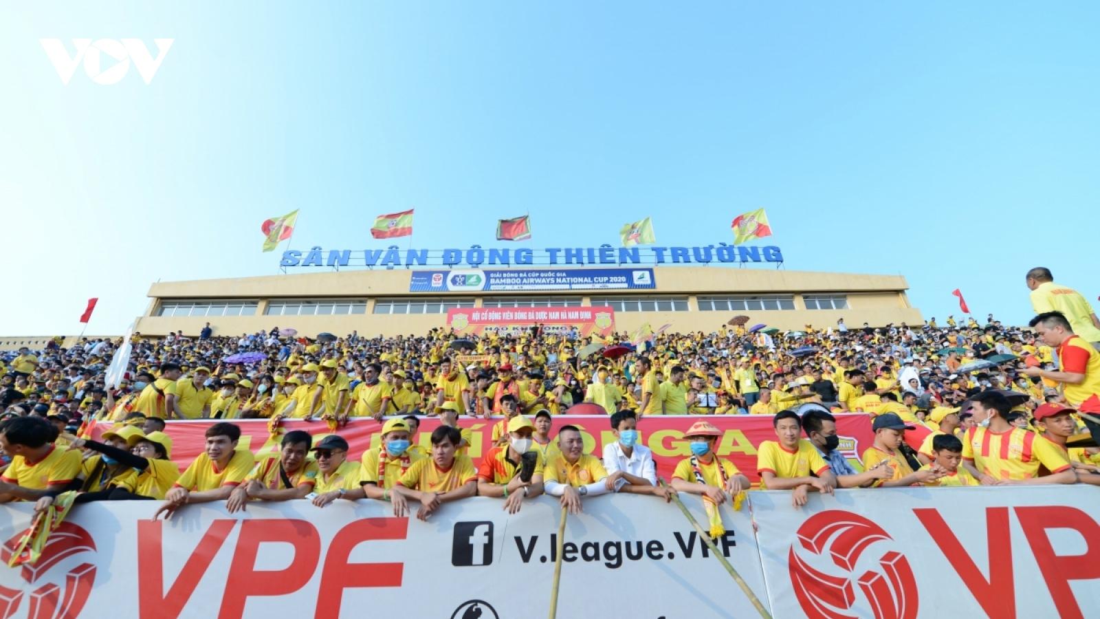 Nhà báo Minh Hải: V-League cần một CLB như Nam Định để giữ lại giá trị