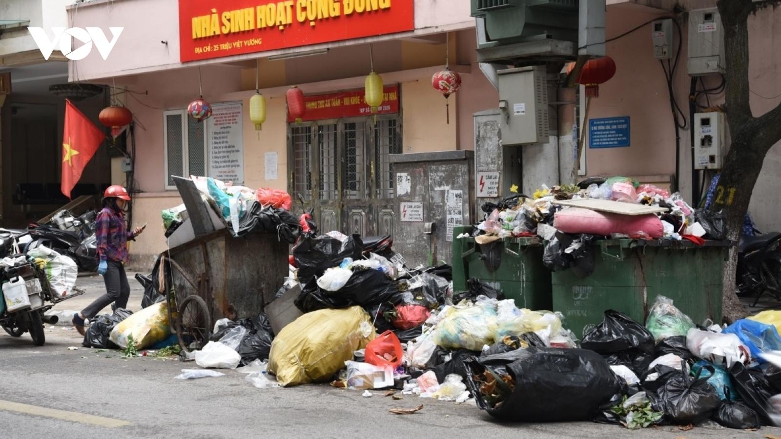 Dân mong đối thoại với lãnh đạo Hà Nội về bãi rác Nam Sơn