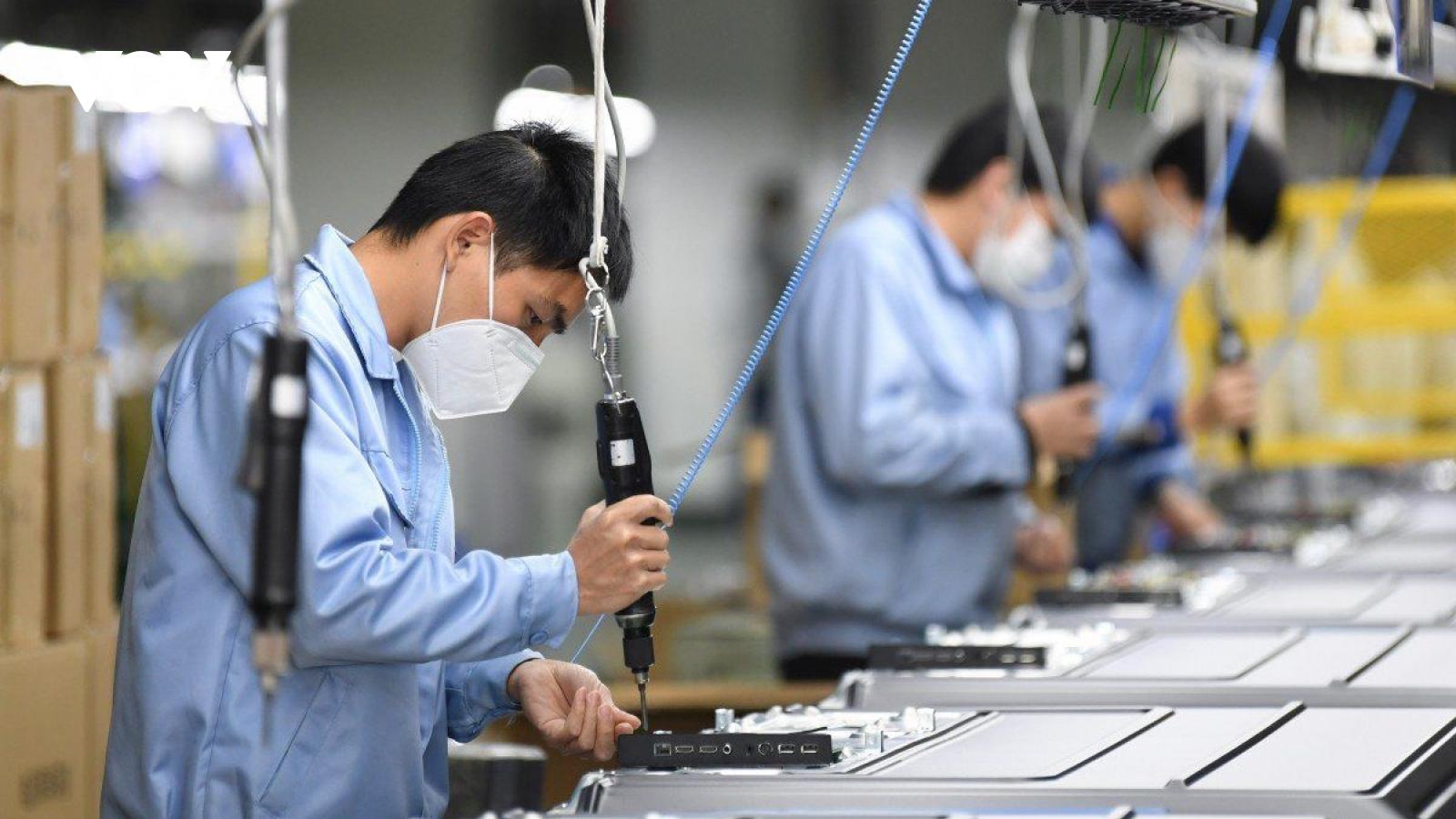 VEPR: Việt Nam có nguy cơ trở thành thị trường tạm nhập tái xuất của Trung Quốc