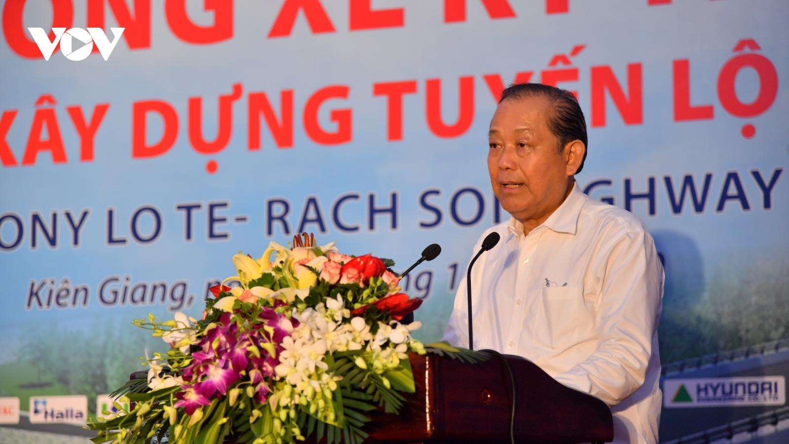 Phó Thủ tướng Trương Hoà Bình phát lệnh thông xe kỹ thuật tuyến Lộ Tẻ - Rạch Sỏi
