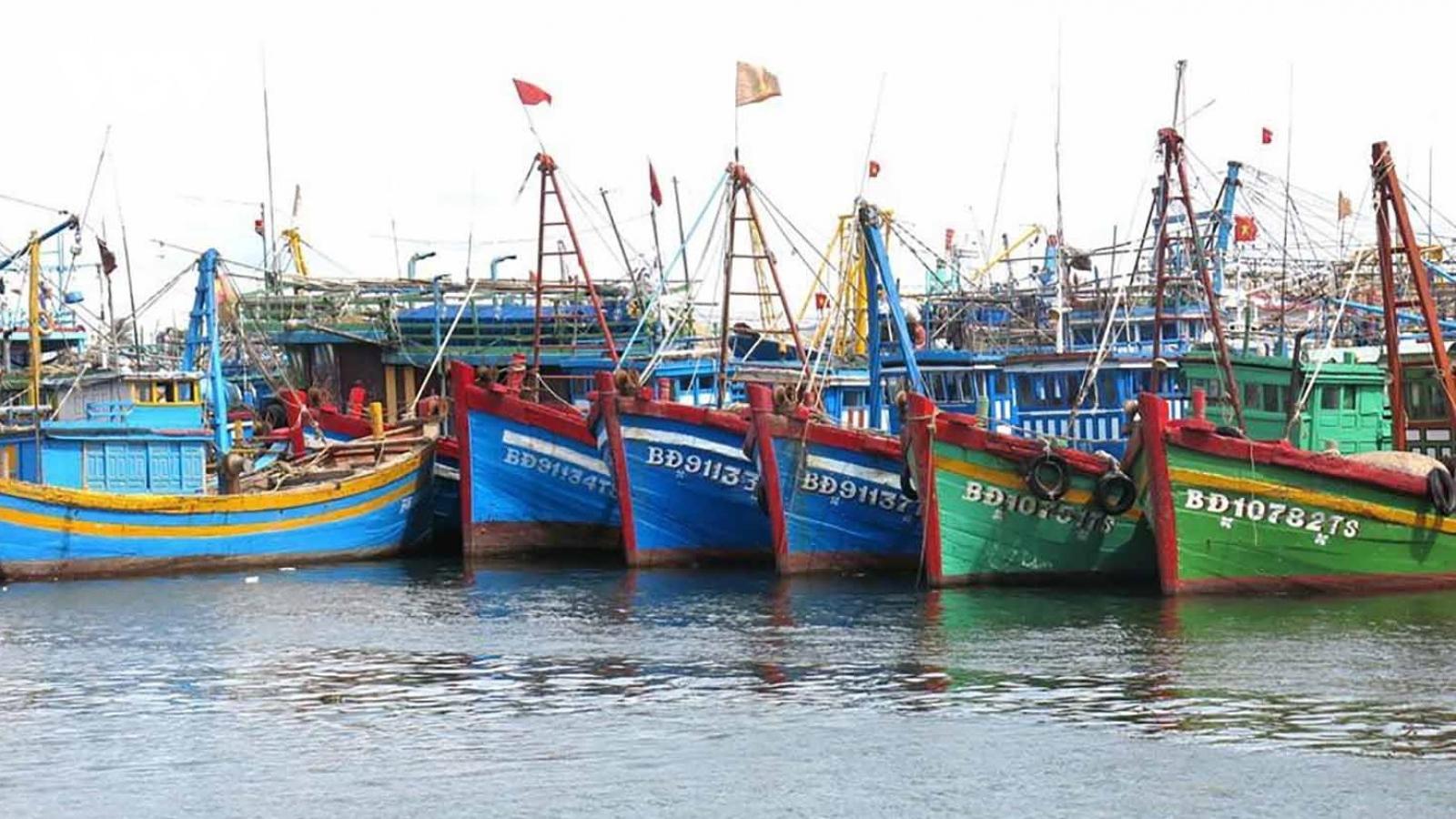4 ngư dân cùng tàu cá mất liên lạc trên biển tại Bình Định